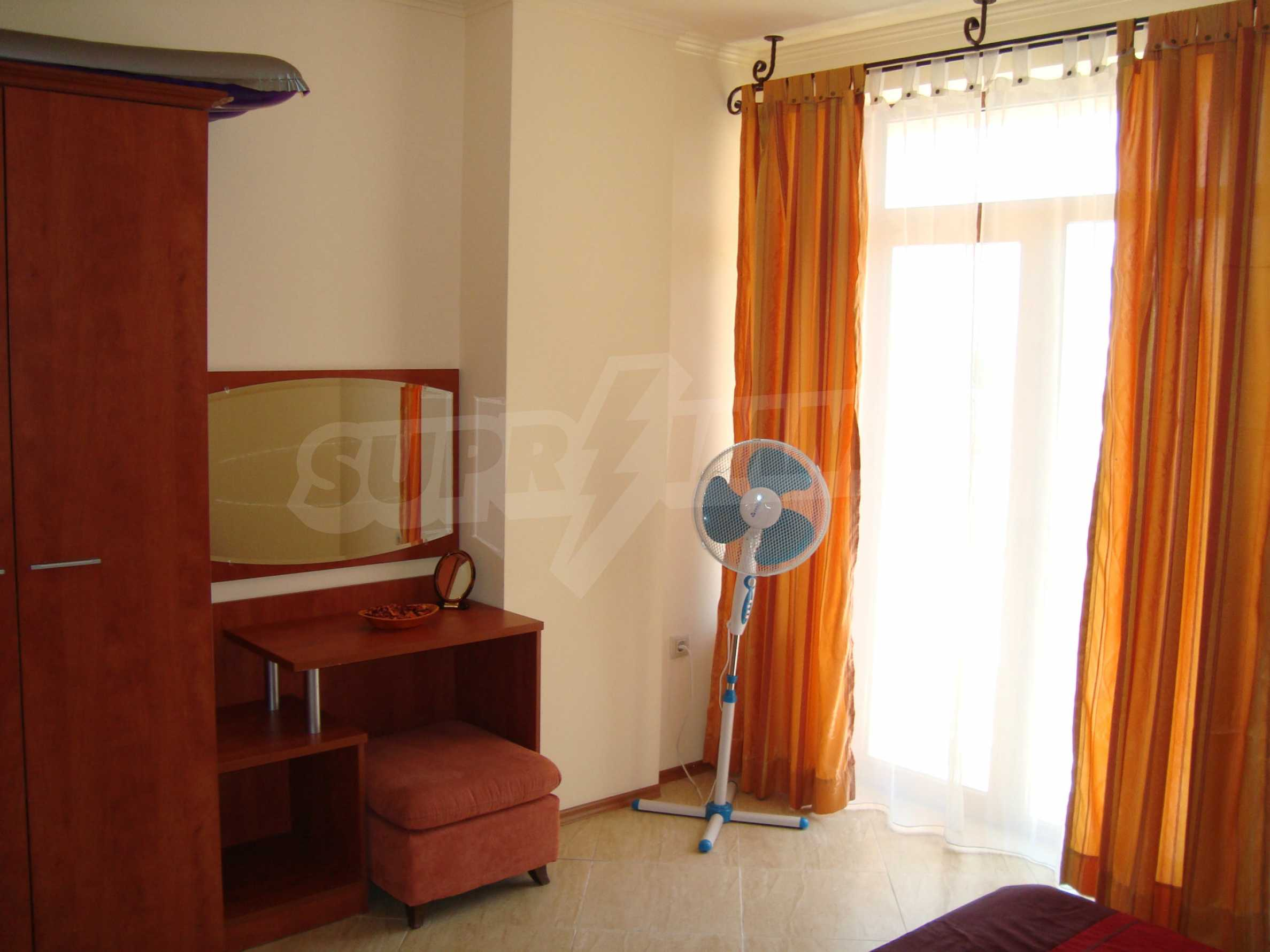 One-bedroom apartment in Palazzo 1 complex in Sunny beach 9