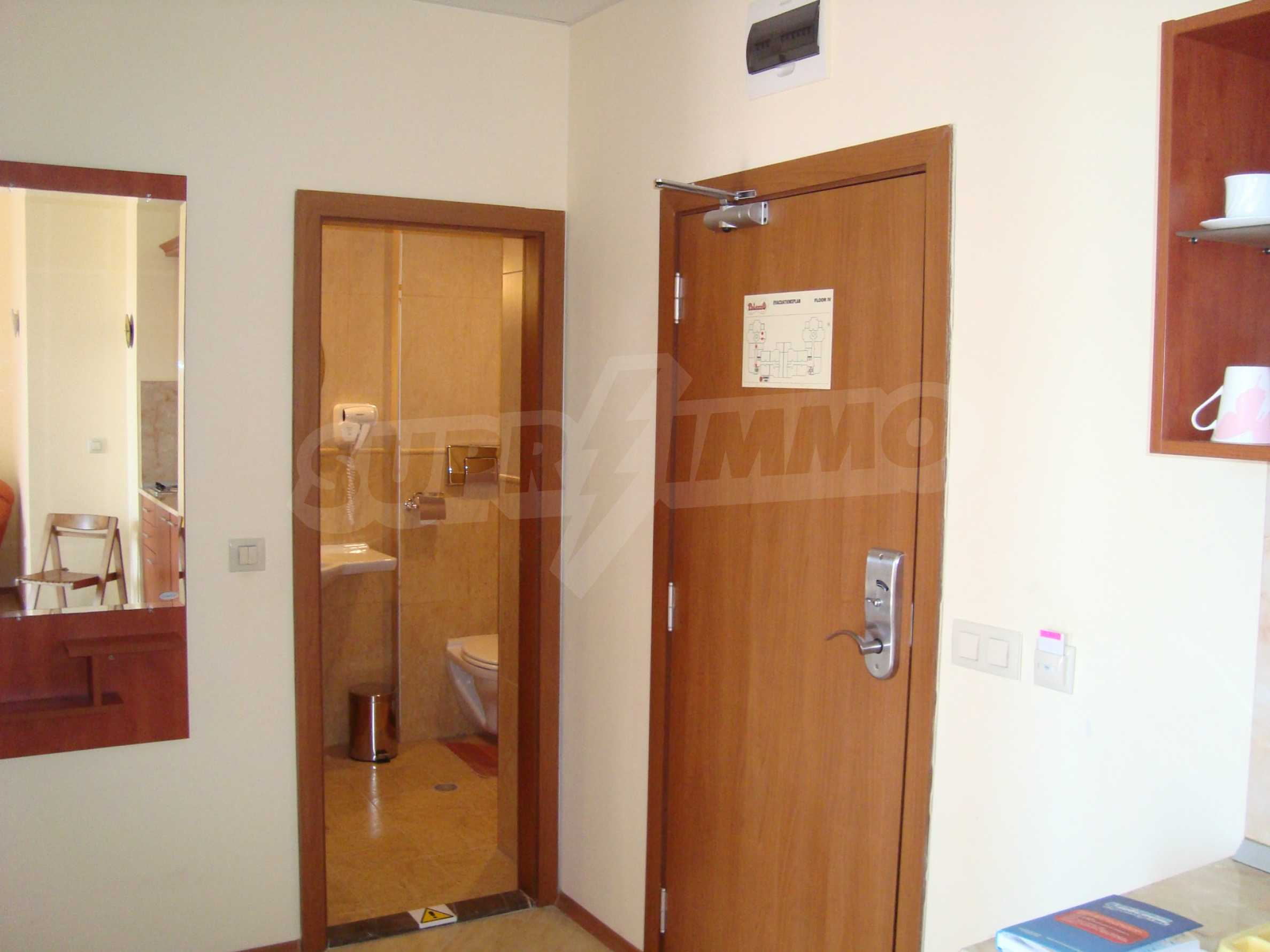One-bedroom apartment in Palazzo 1 complex in Sunny beach 10