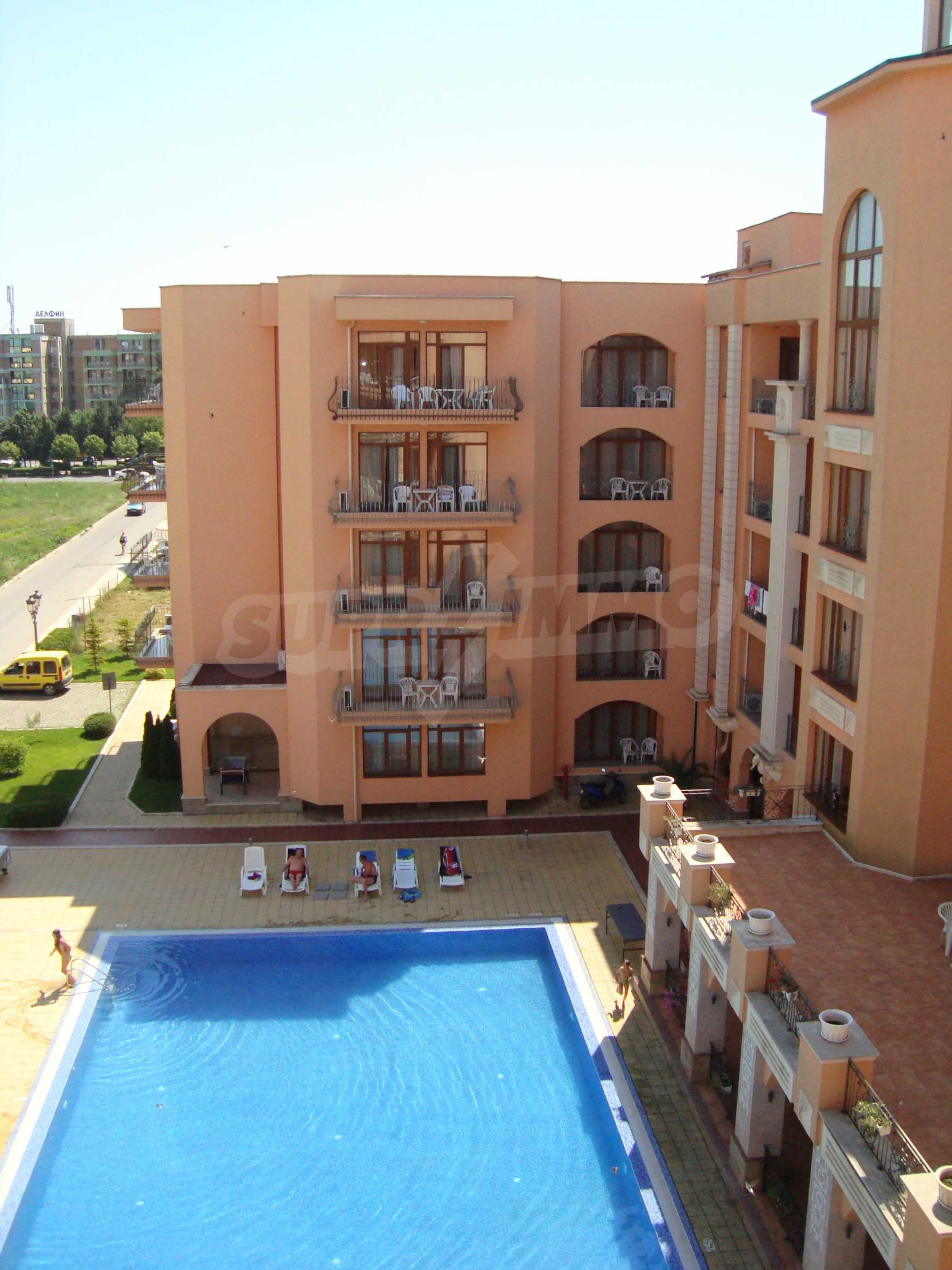 One-bedroom apartment in Palazzo 1 complex in Sunny beach 21