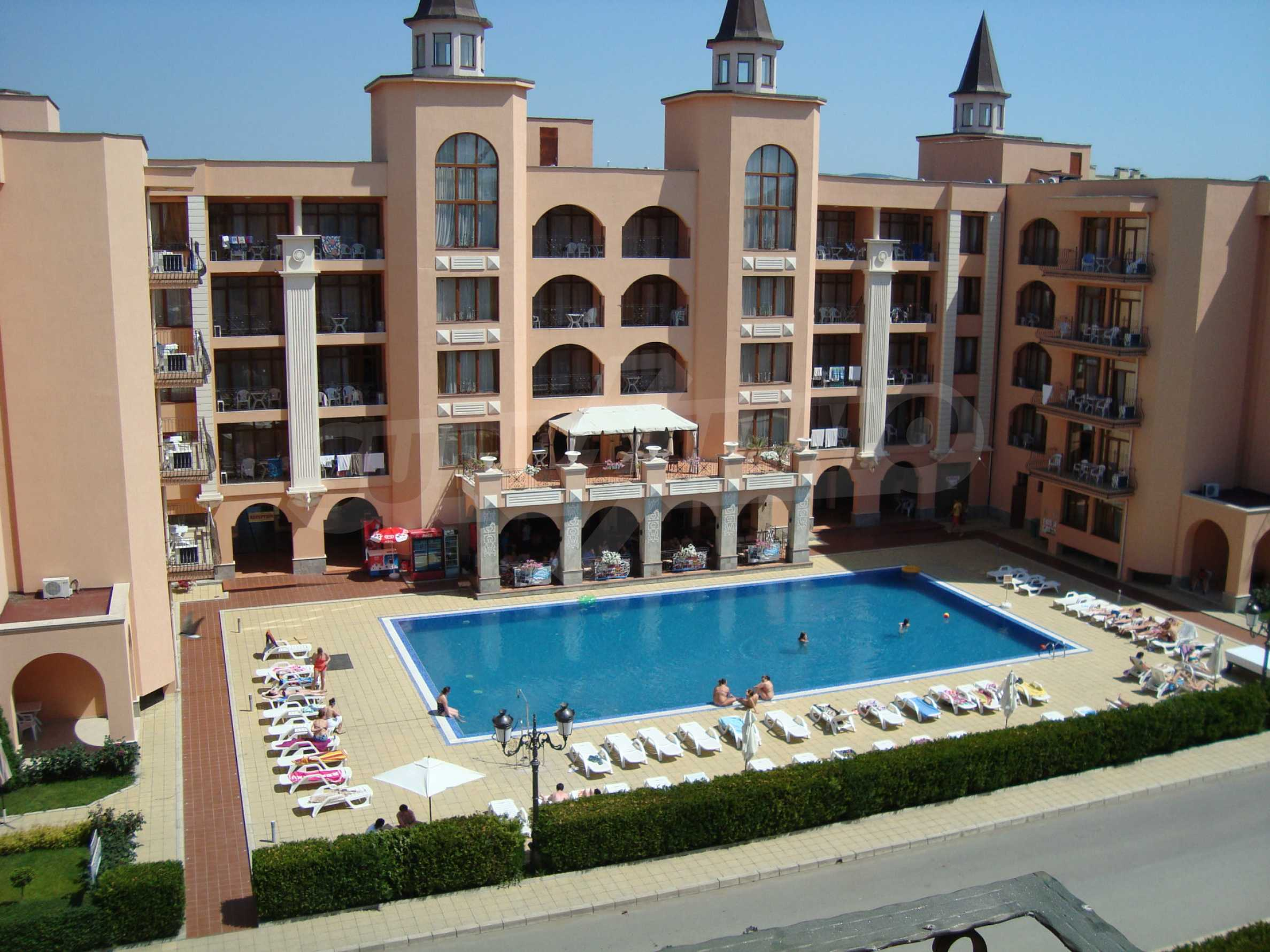 One-bedroom apartment in Palazzo 1 complex in Sunny beach 22
