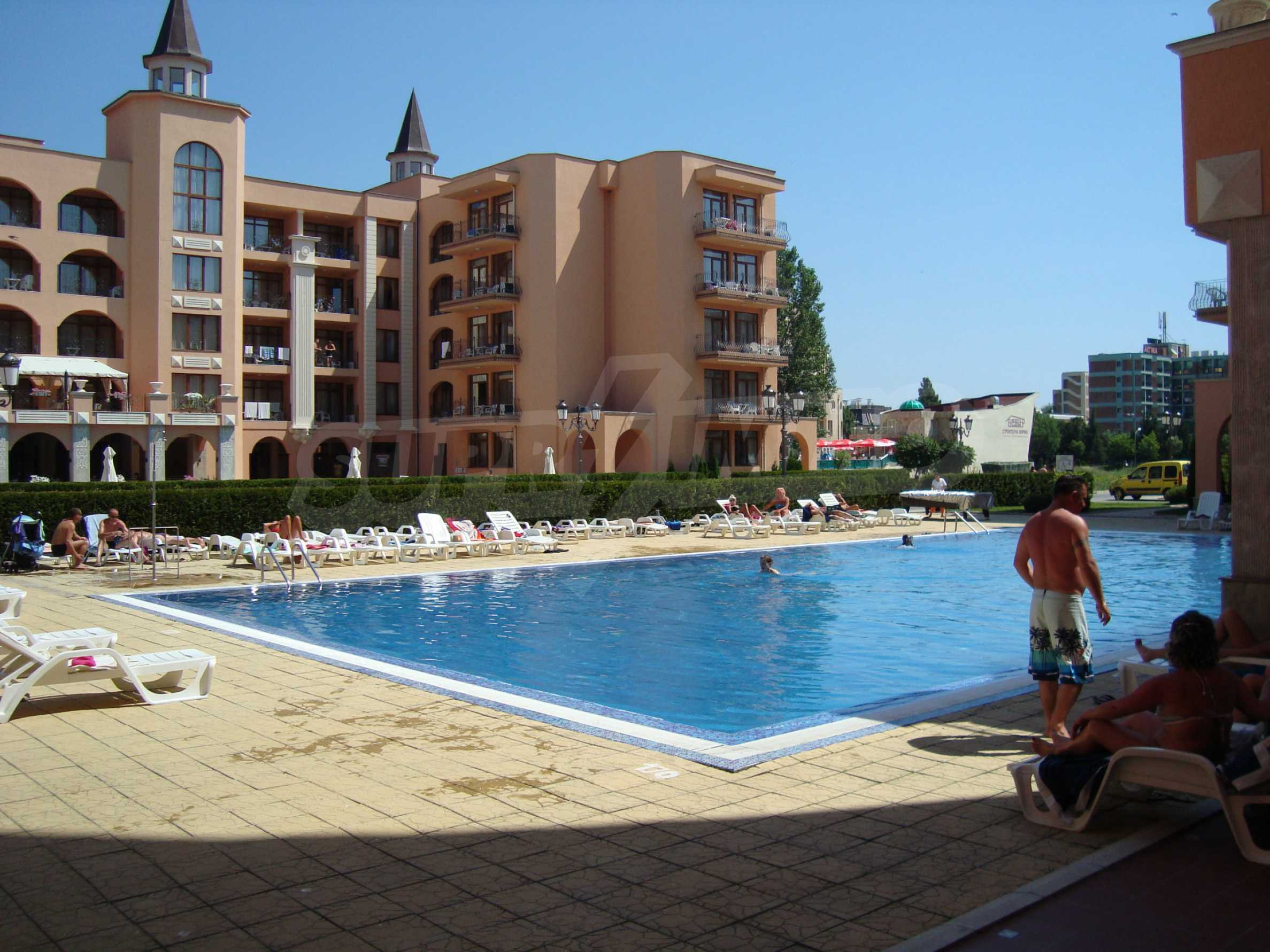 One-bedroom apartment in Palazzo 1 complex in Sunny beach 30