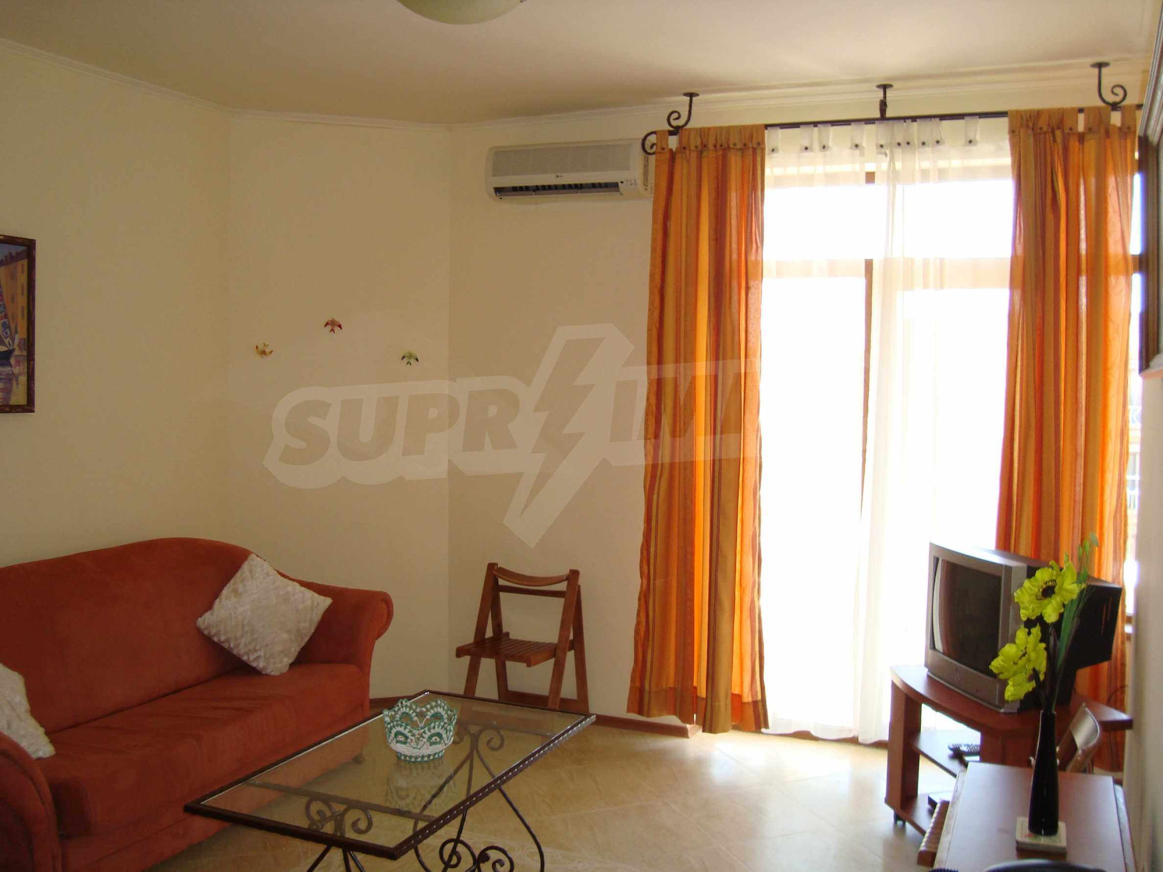 One-bedroom apartment in Palazzo 1 complex in Sunny beach 3