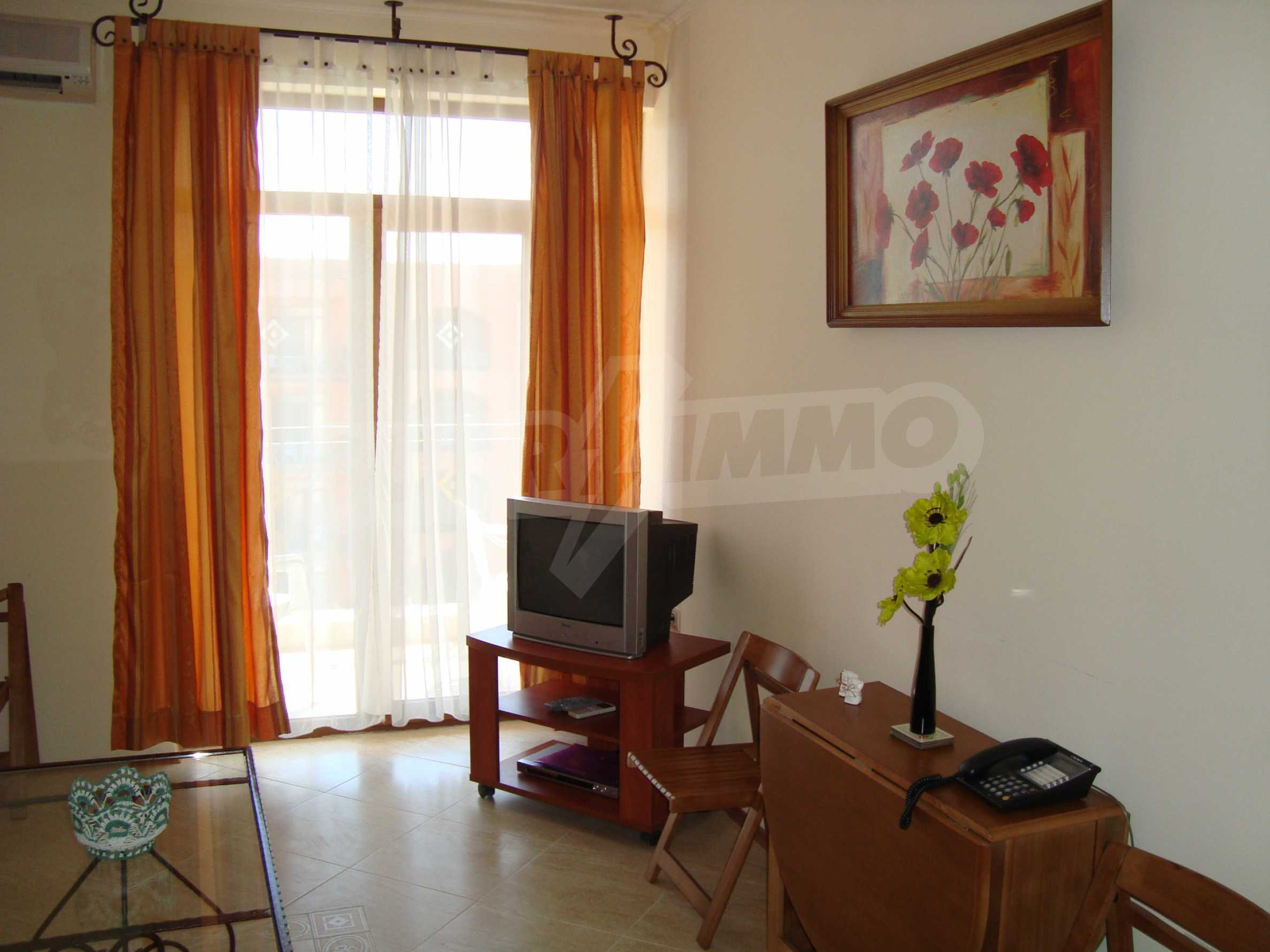 One-bedroom apartment in Palazzo 1 complex in Sunny beach 4