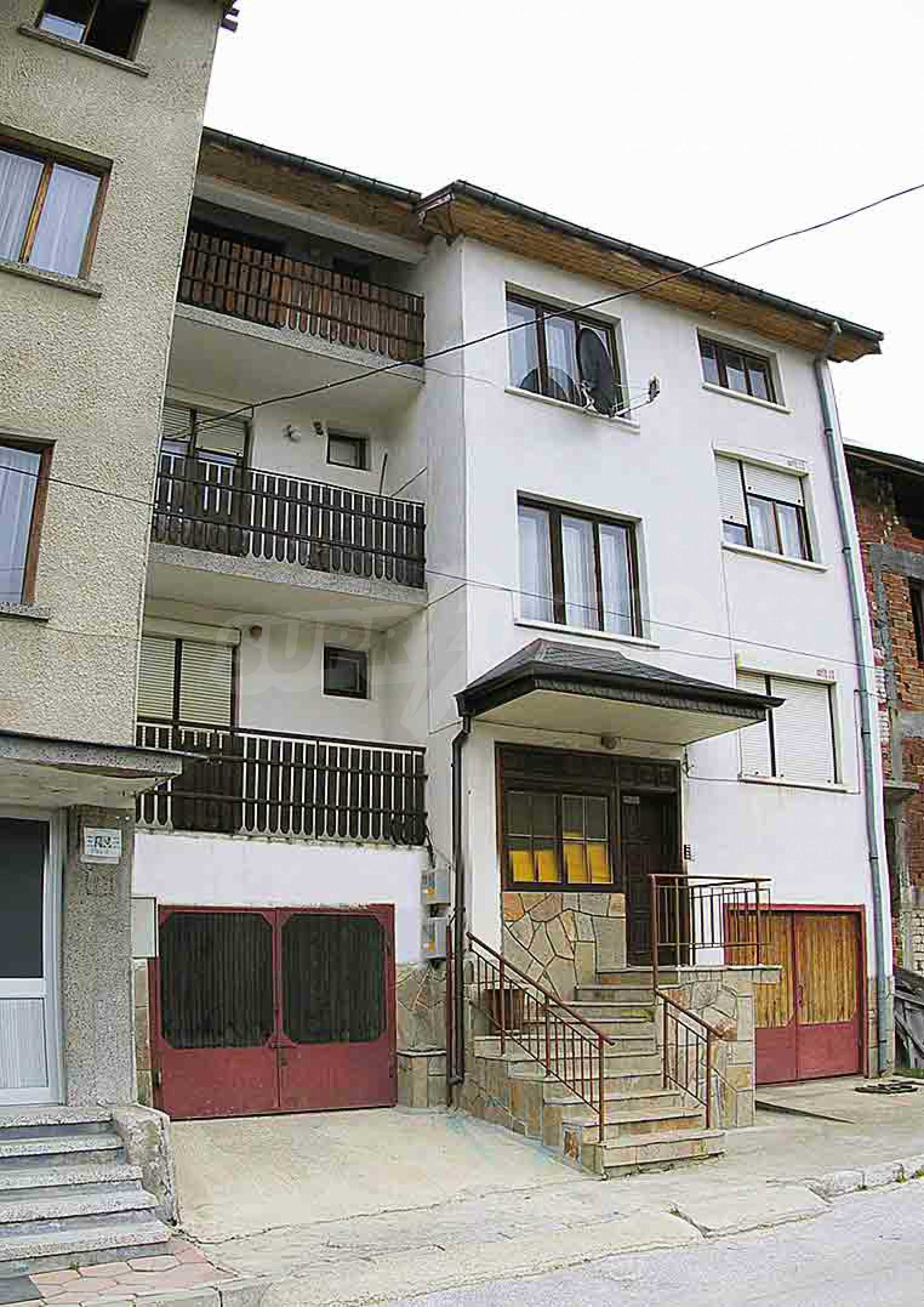 Great furnished maisonette in the center of the town of Chepelare