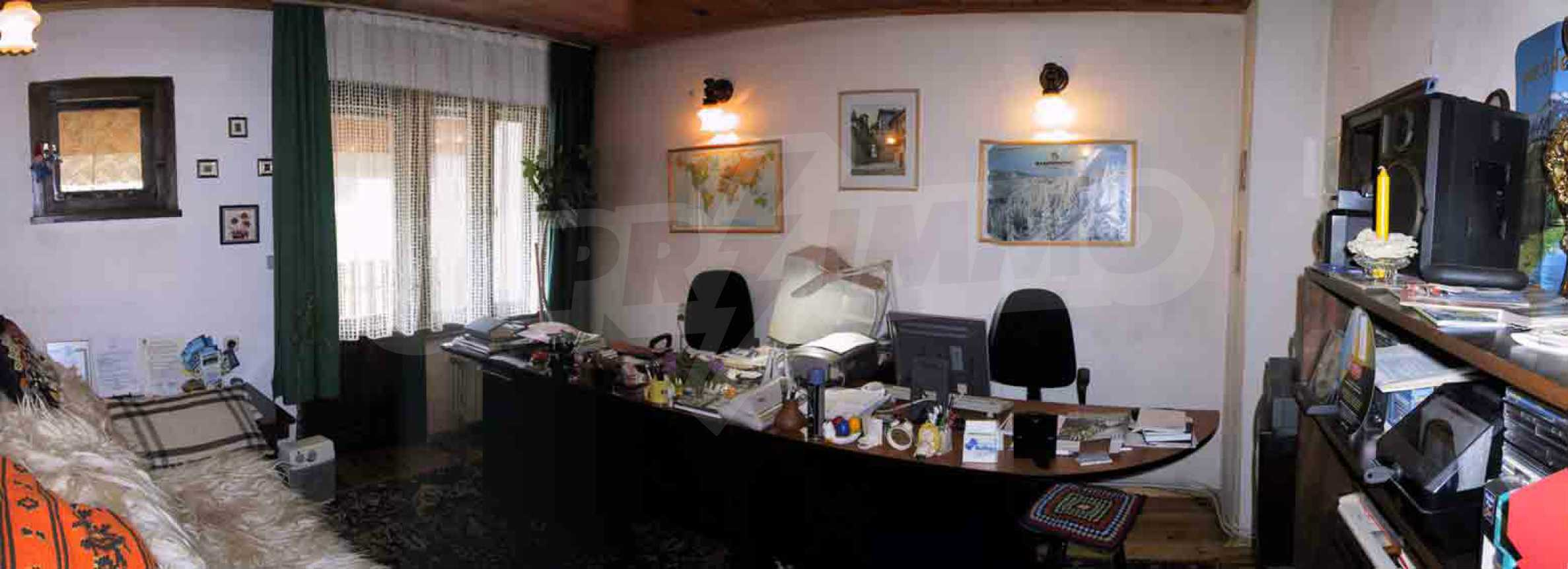 Great furnished maisonette in the center of the town of Chepelare 16