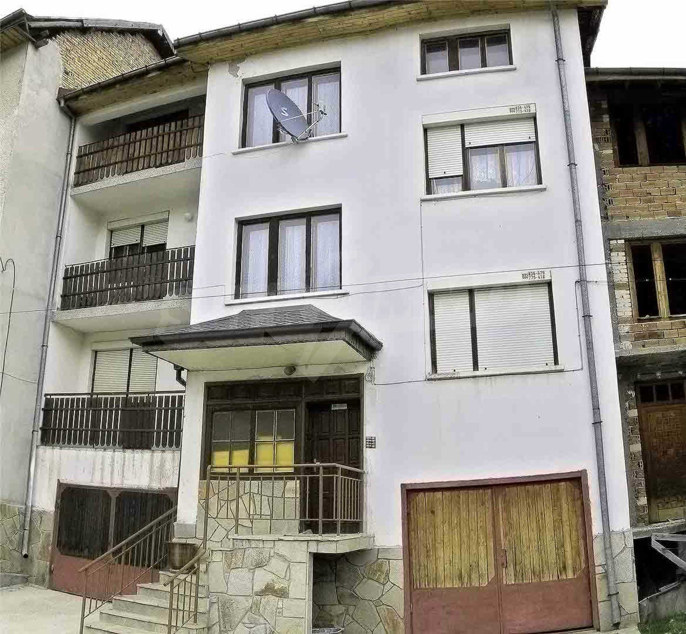 Great furnished maisonette in the center of the town of Chepelare 1