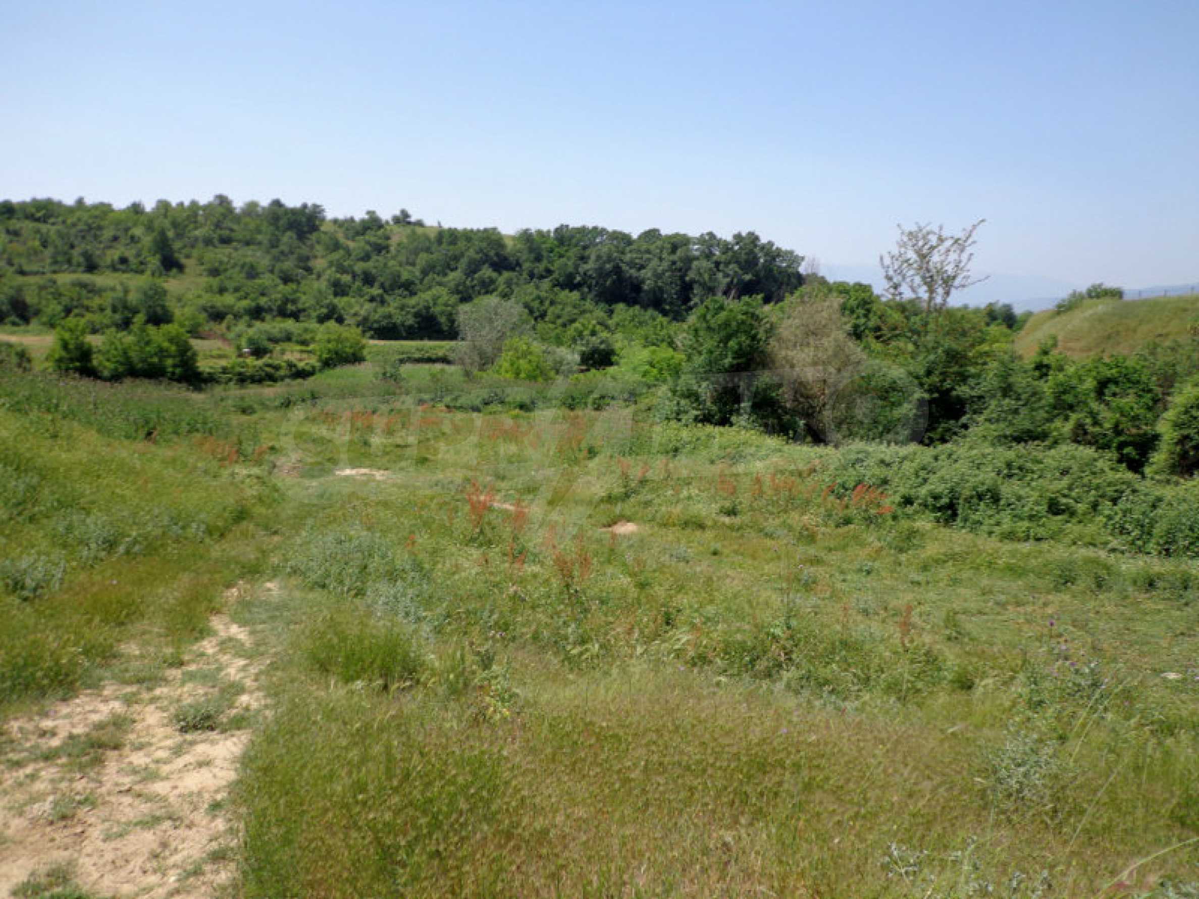 Plot of land in picturesque village 12 km from Sandanski 3
