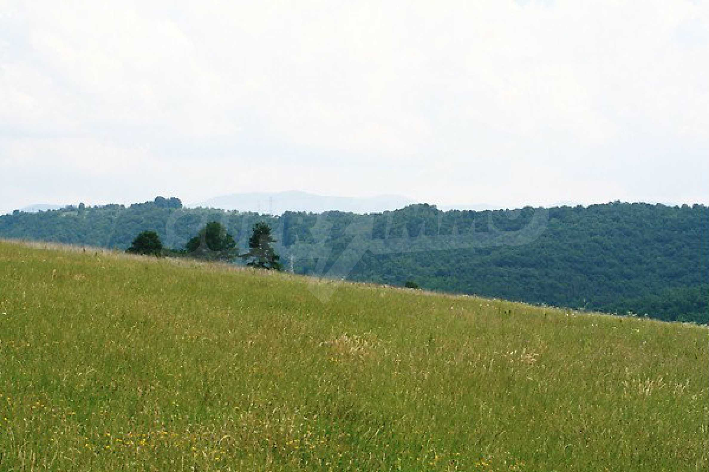 Large plot of land located near town Gabrovo
