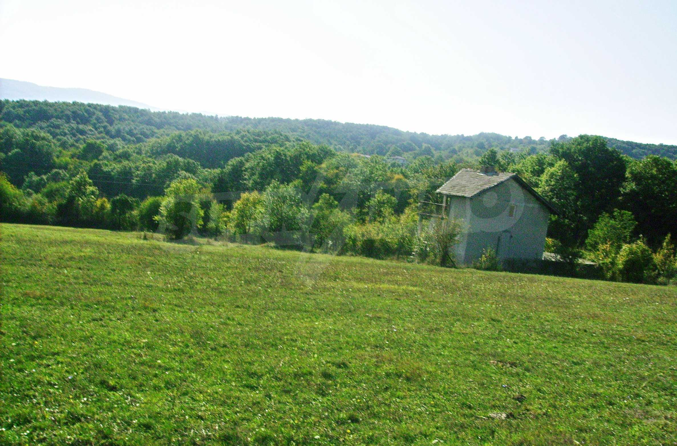 Spacious plot of agricultural land with potential near Gabrovo 15