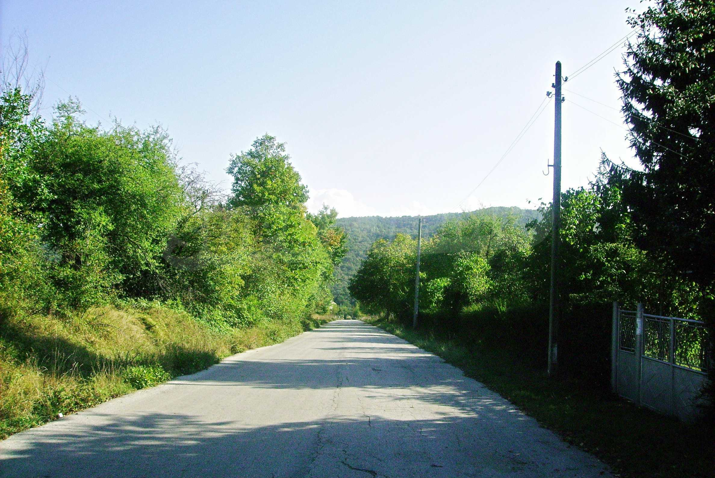 Spacious plot of agricultural land with potential near Gabrovo 19