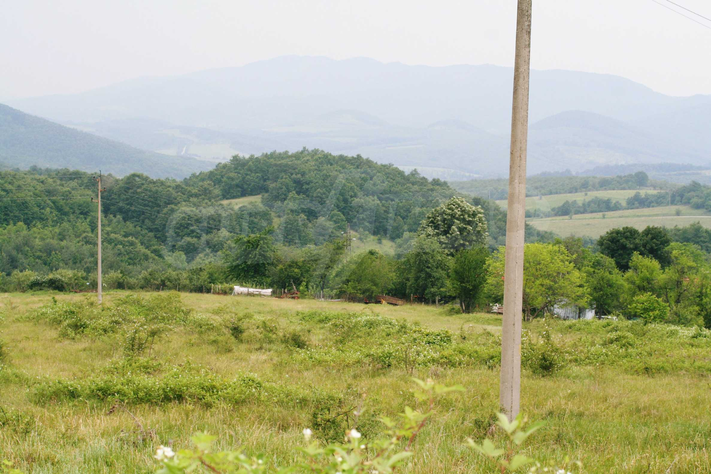 Spacious plot of agricultural land with potential near Gabrovo 24
