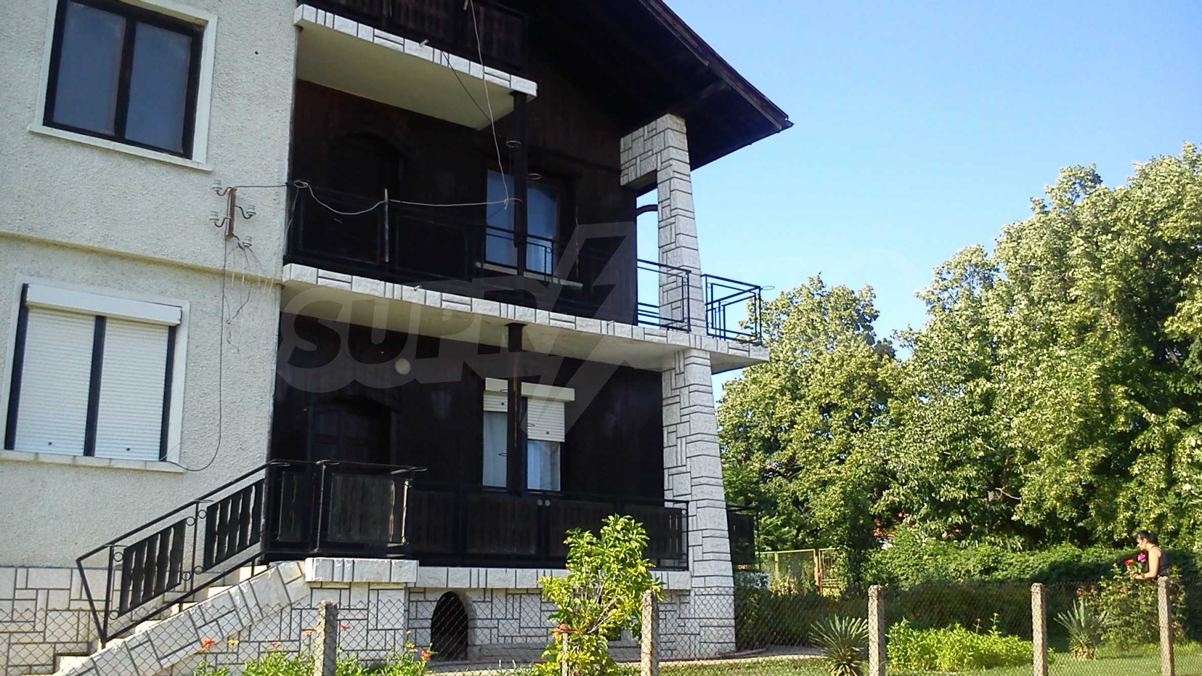3-storey villa with garden in picturesque village near Vidin 2