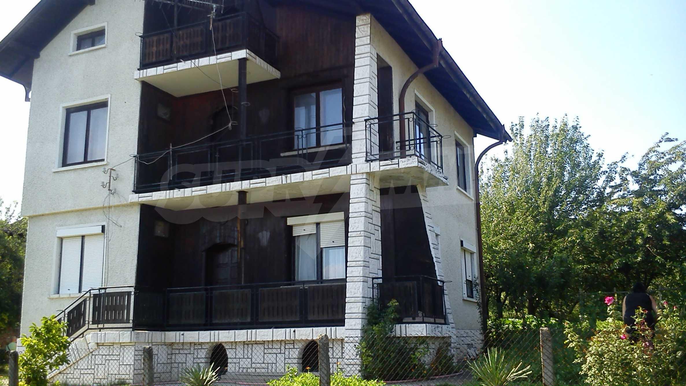 3-storey villa with garden in picturesque village near Vidin 3