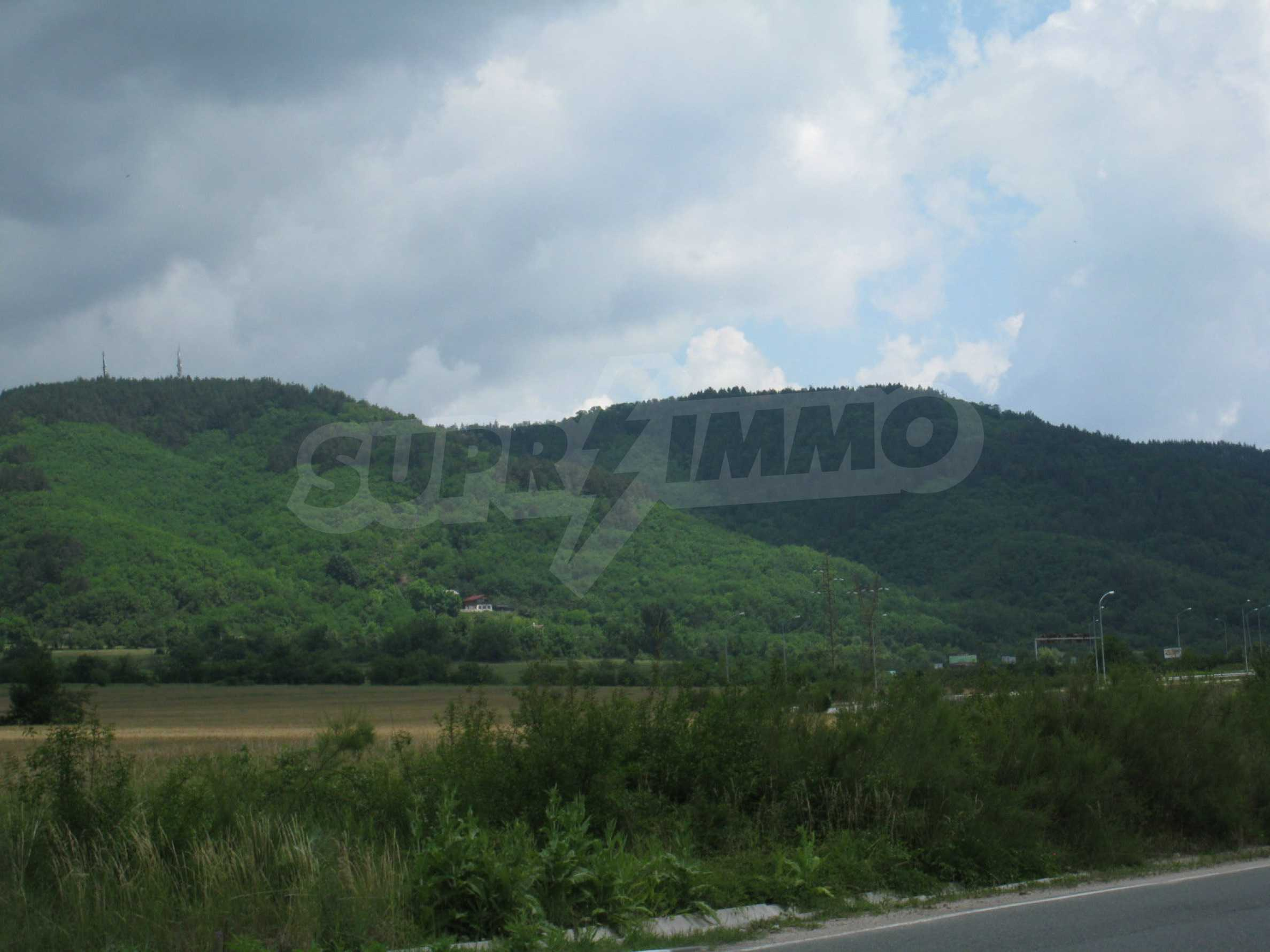 Investment land near the golf course in Pravets 22