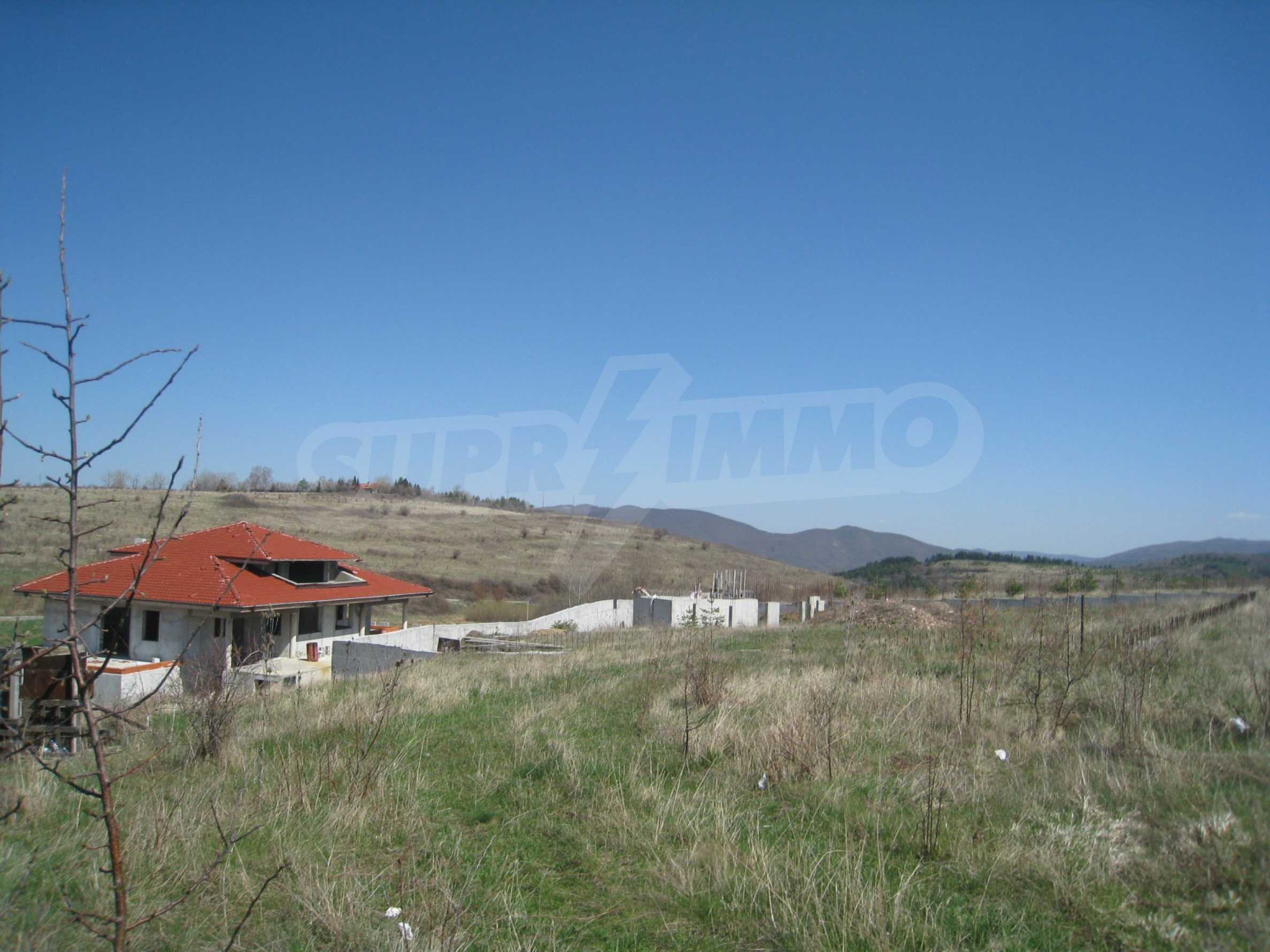 Regulated plot for construction of private house or villa near Sofia 9