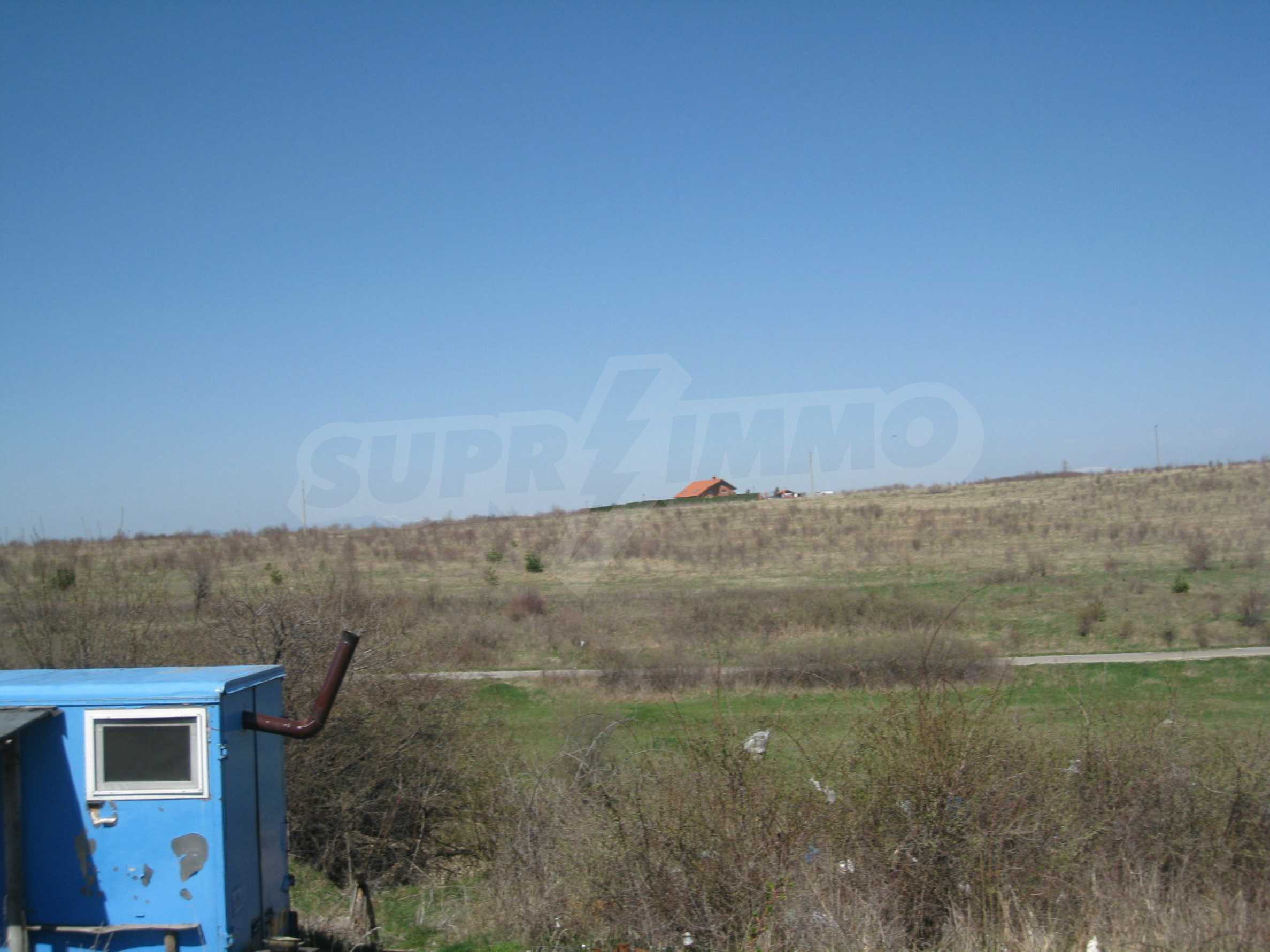 Regulated plot for construction of private house or villa near Sofia 11