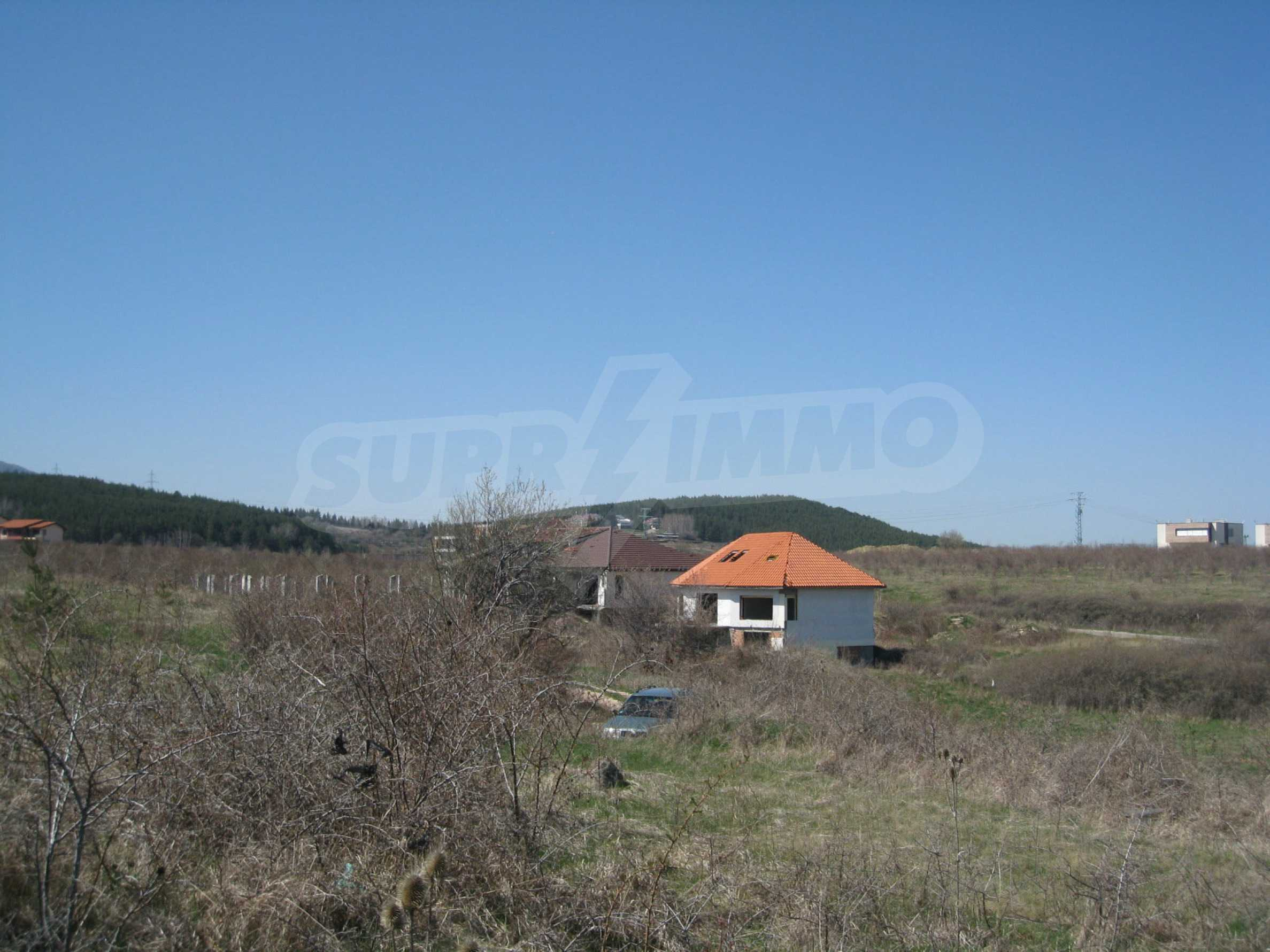Regulated plot for construction of private house or villa near Sofia 13