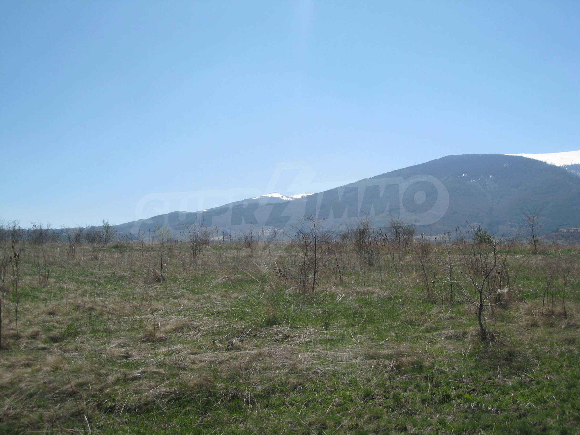 Regulated plot for construction of private house or villa near Sofia 17