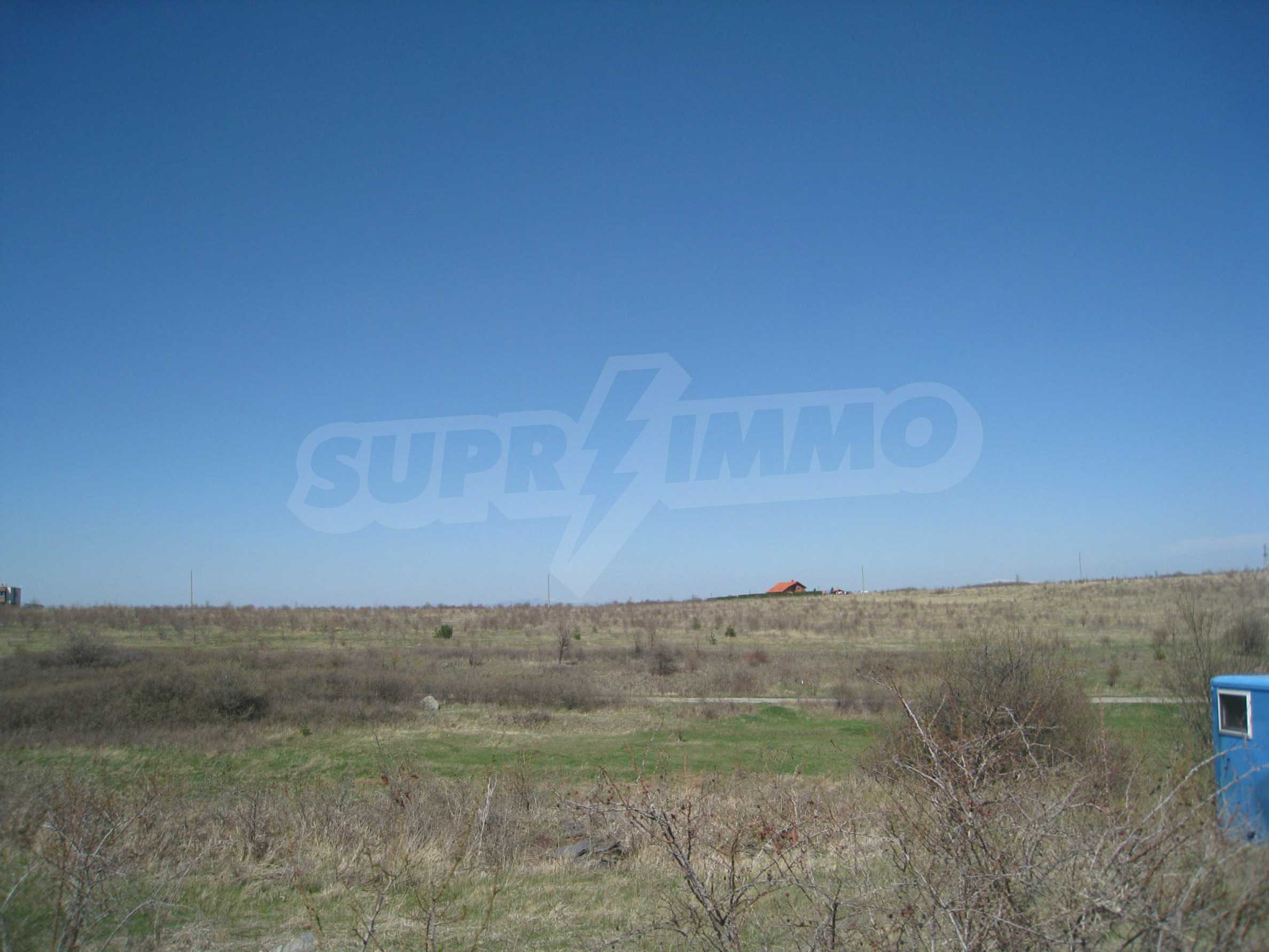 Regulated plot for construction of private house or villa near Sofia 25