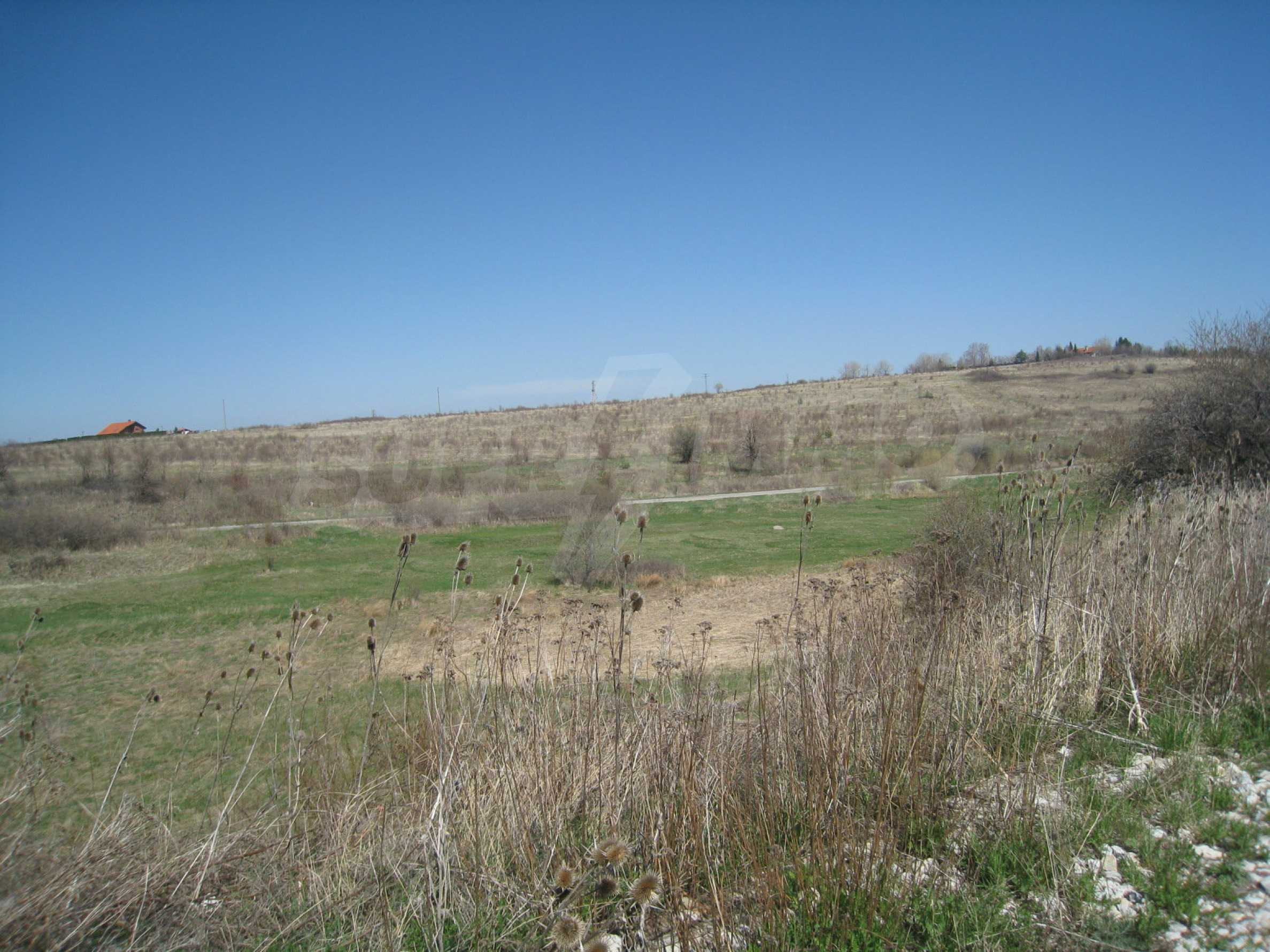 Regulated plot for construction of private house or villa near Sofia 26