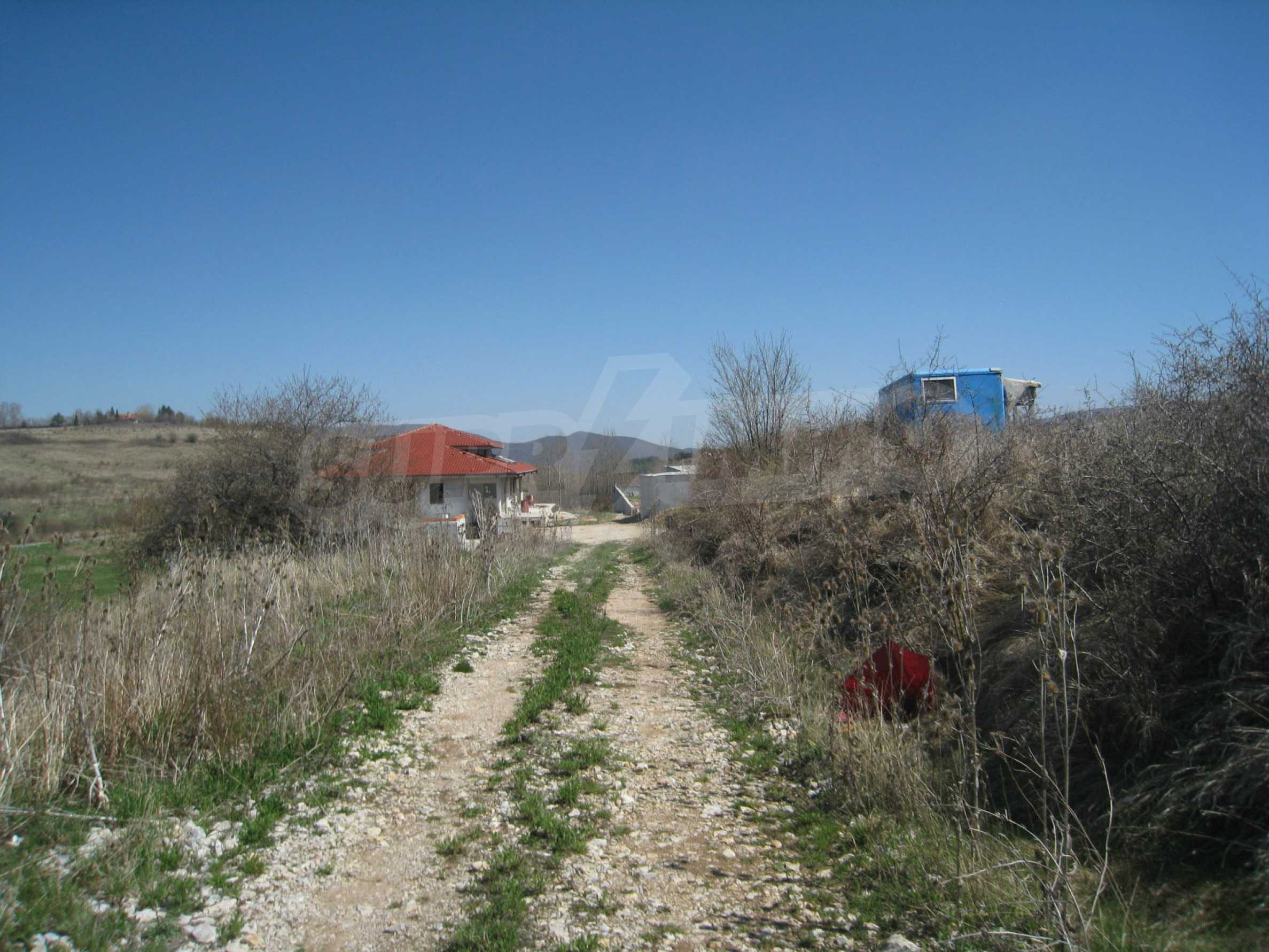 Regulated plot for construction of private house or villa near Sofia 27