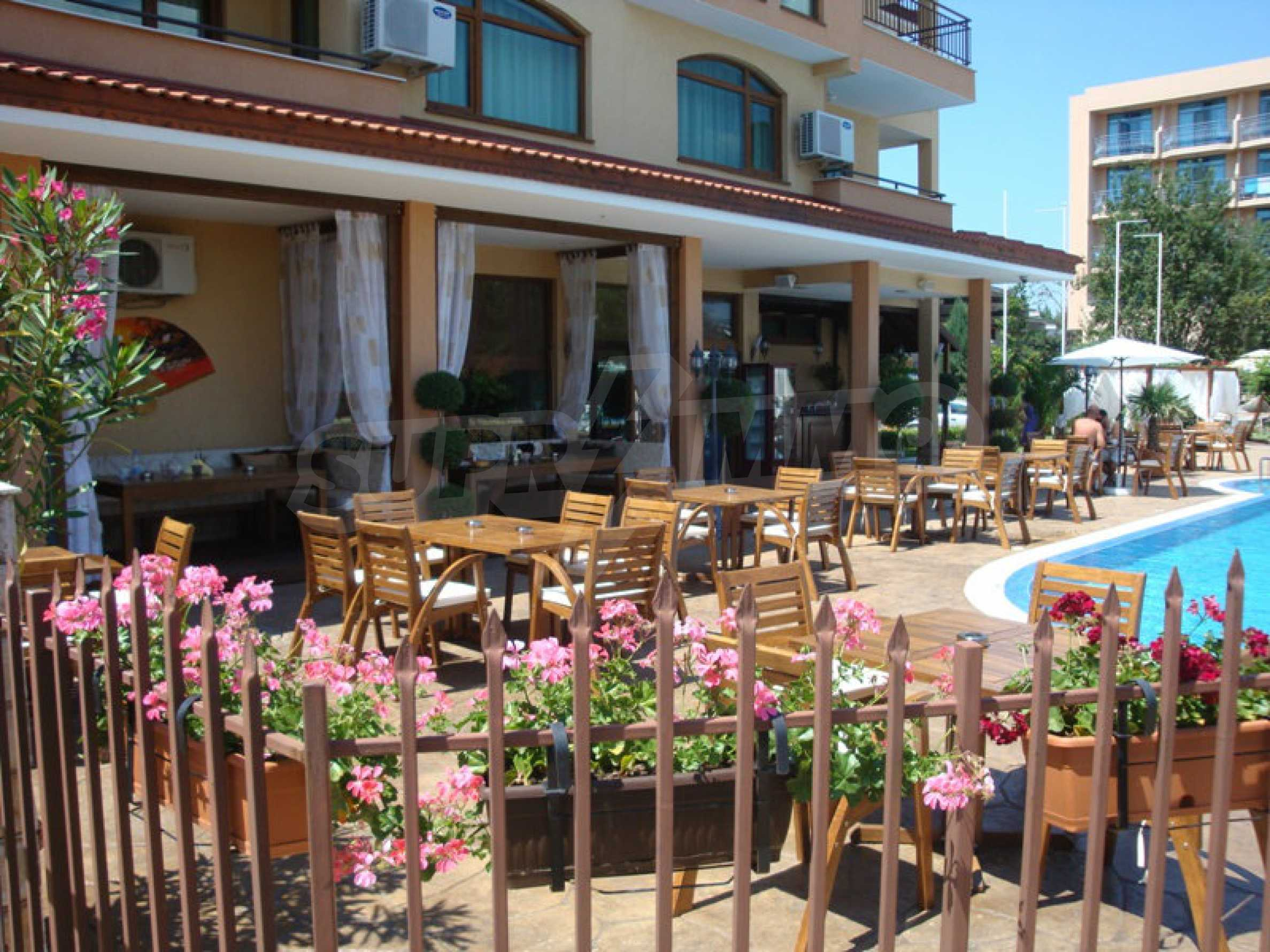 Luxury restaurant in the centre of Sunny Beach 9
