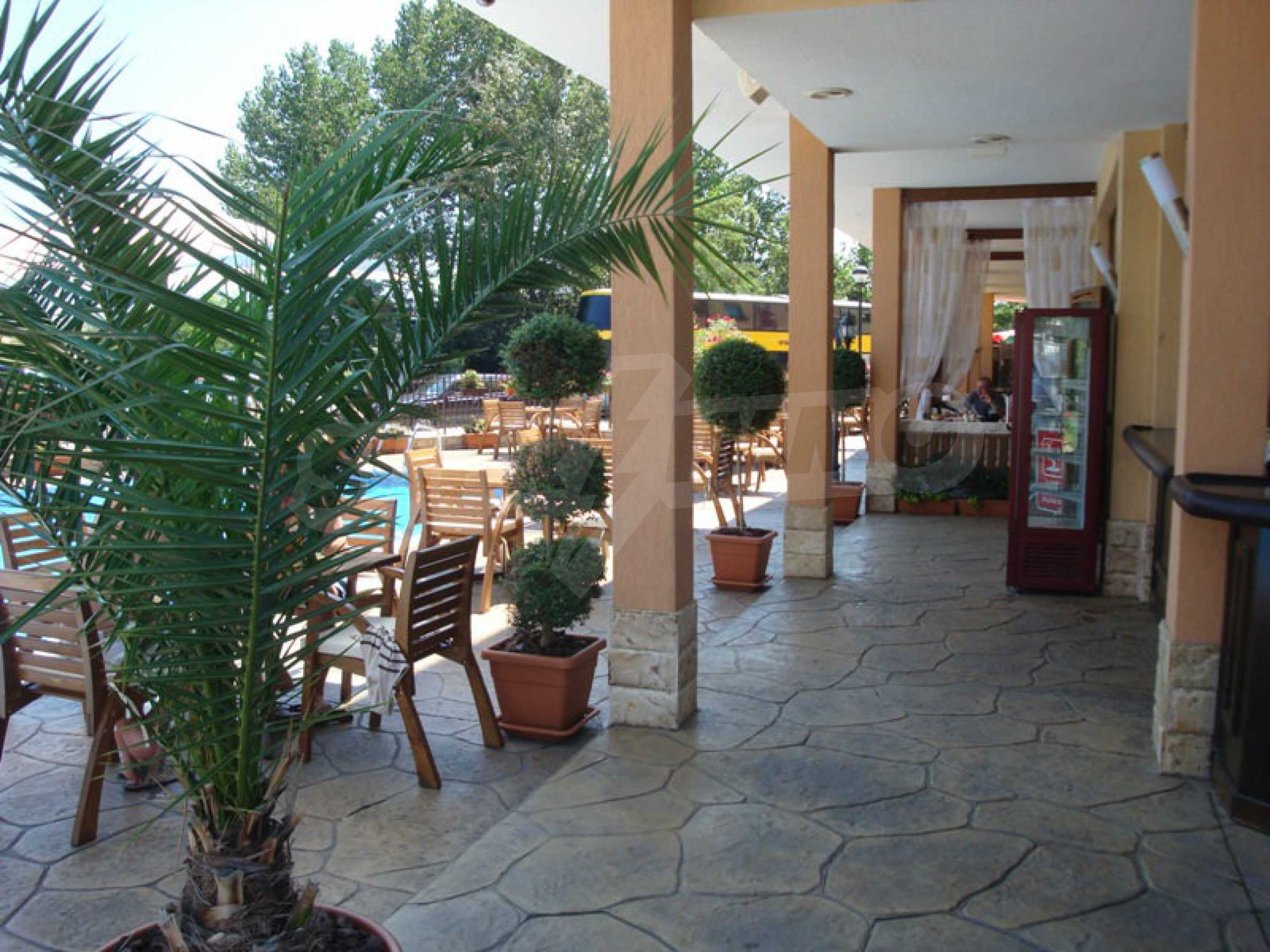 Luxury restaurant in the centre of Sunny Beach 7