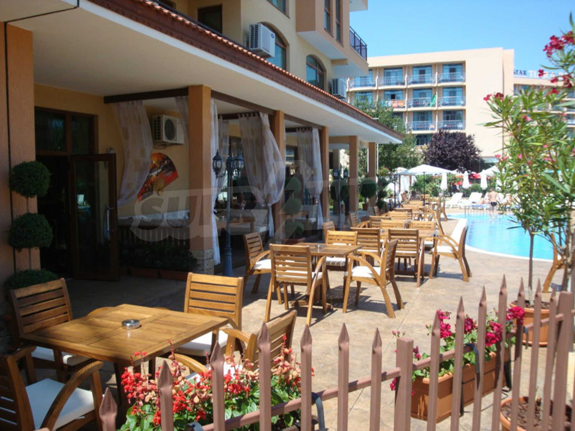 Luxury restaurant in the centre of Sunny Beach 8