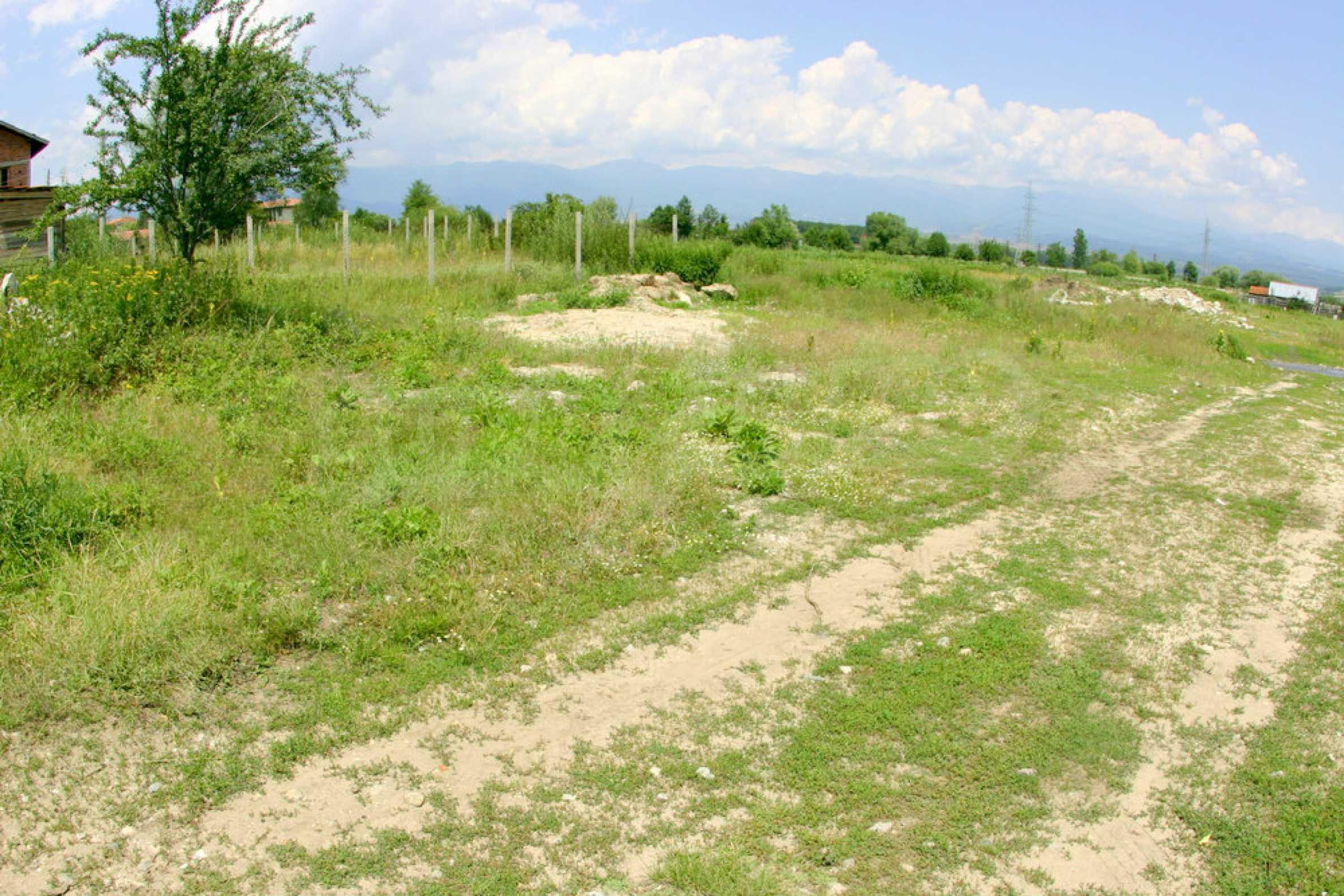 Agricultural land near the ski resort of Bansko 1