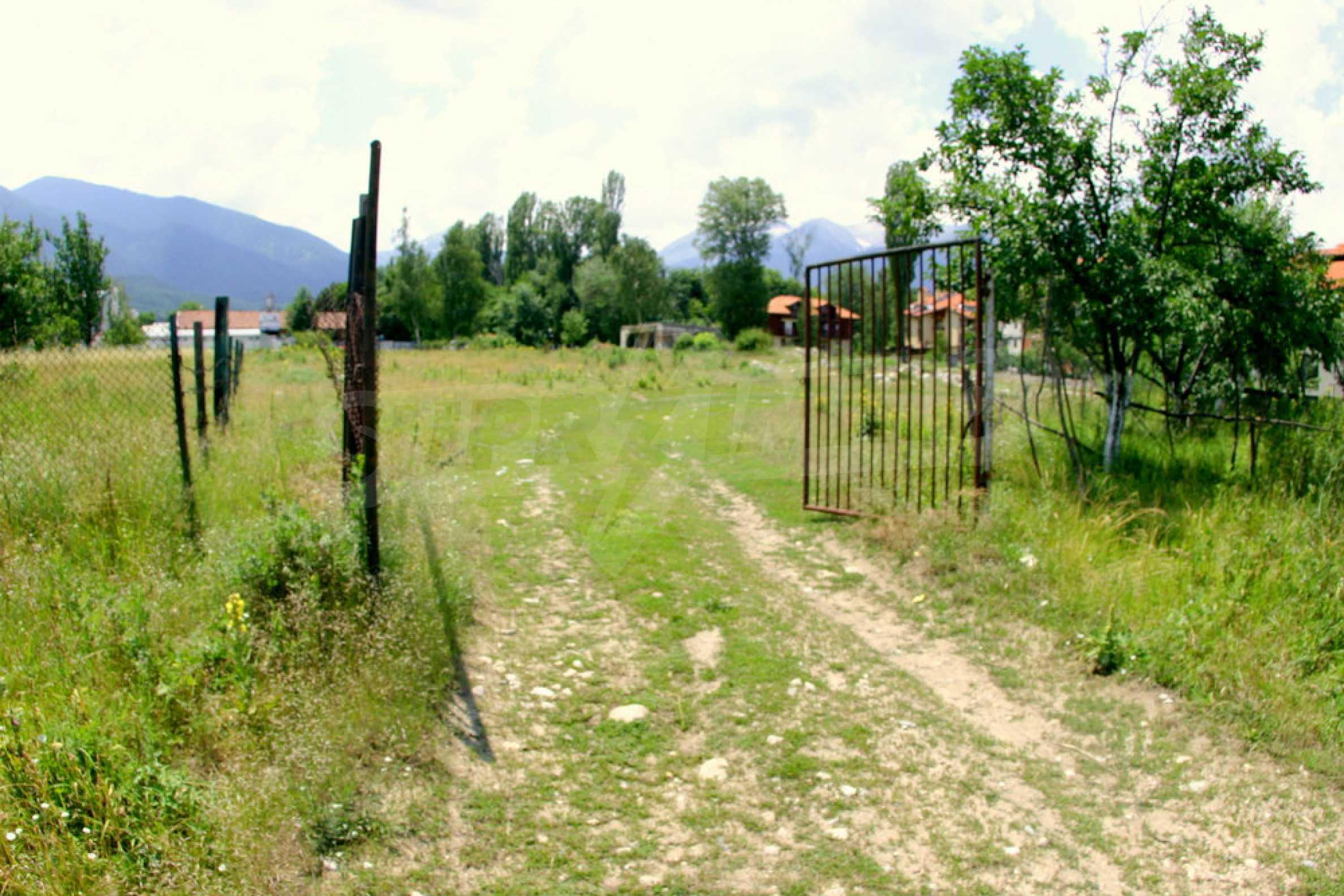Agricultural land near the ski resort of Bansko 2