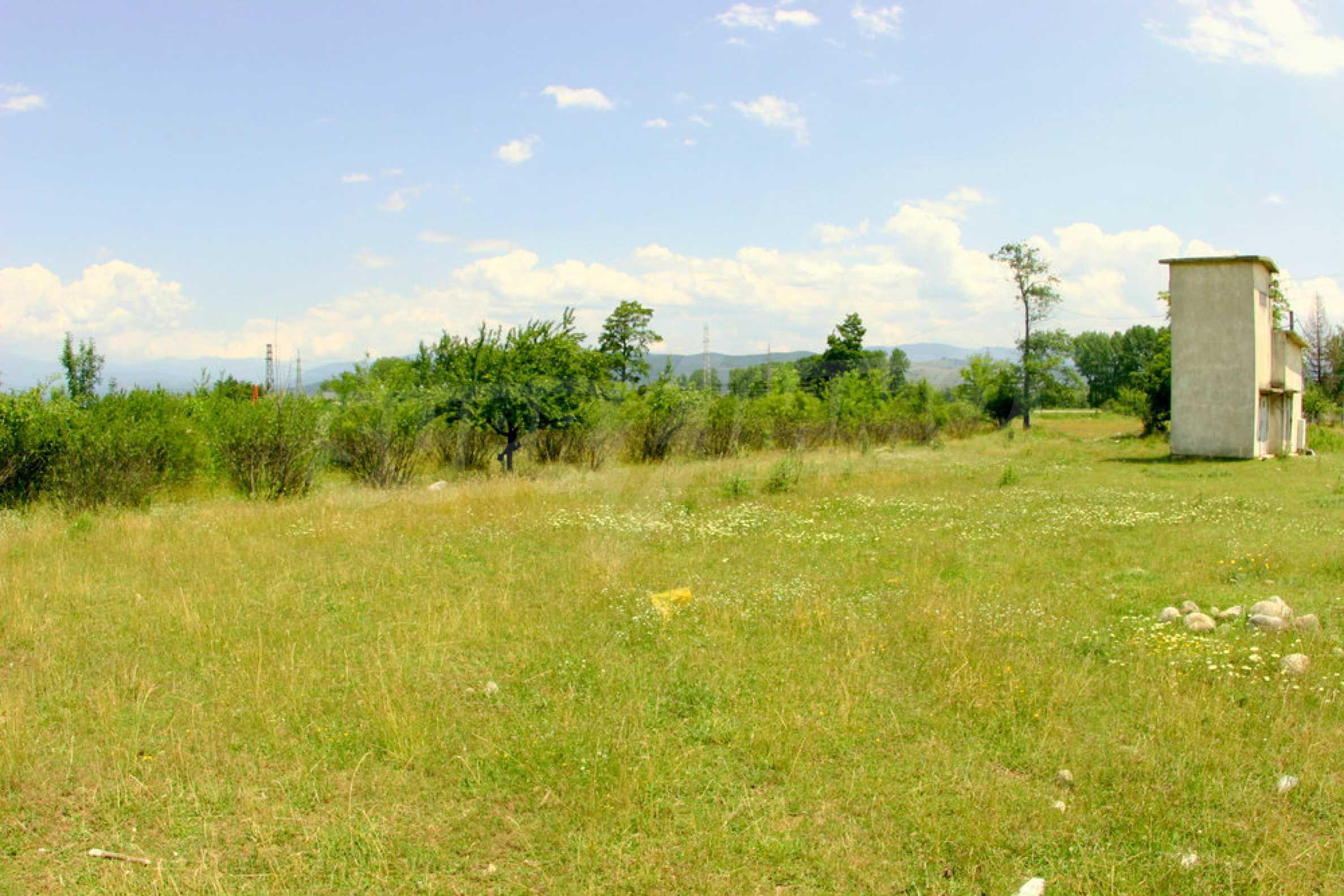 Agricultural land near the ski resort of Bansko 6