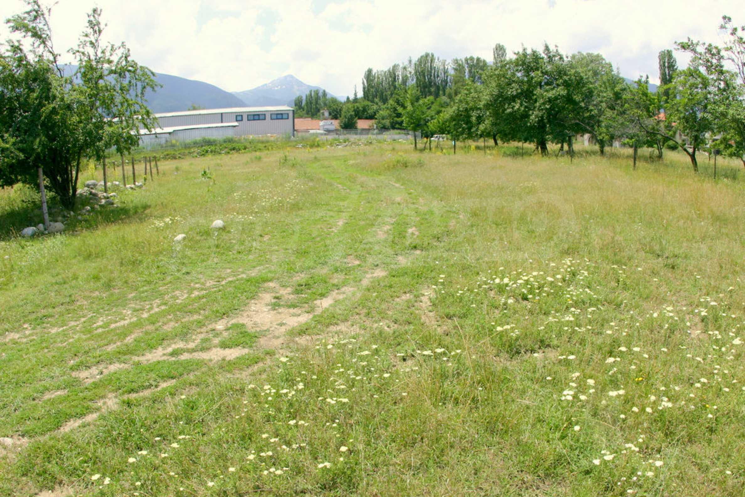Agricultural land near the ski resort of Bansko 8