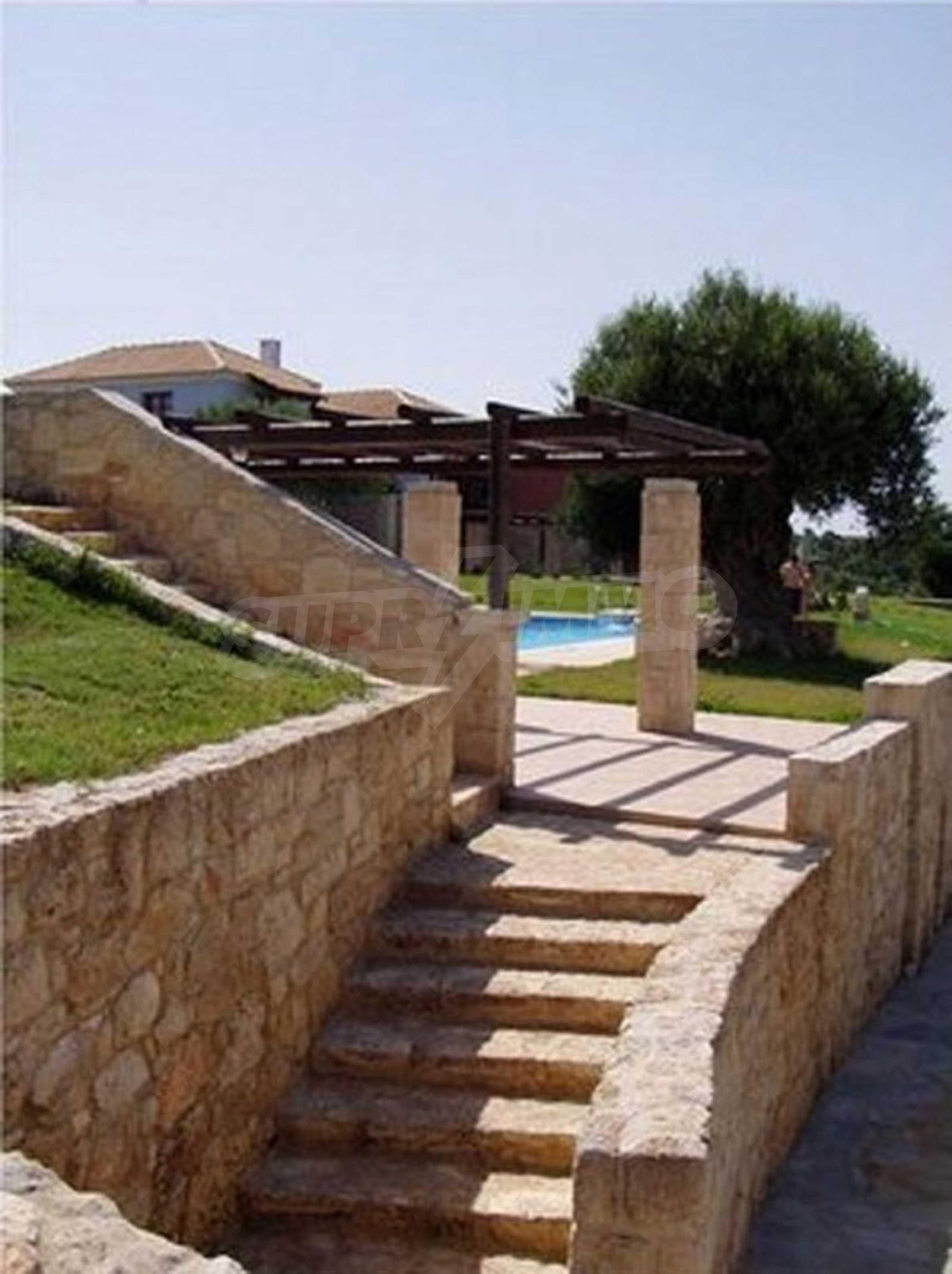 Къща  в  Афитос 6