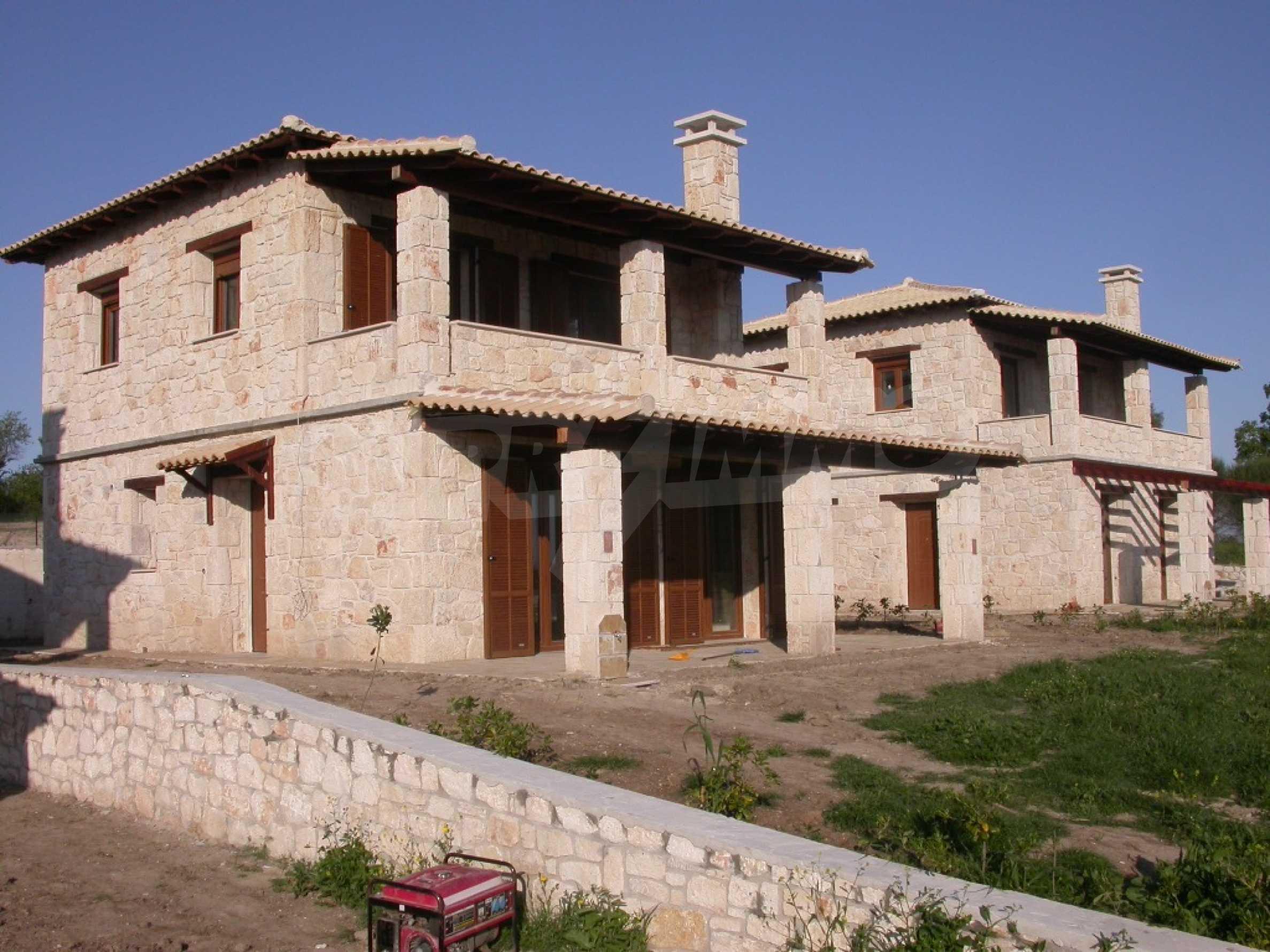 Къща  в  Посиди