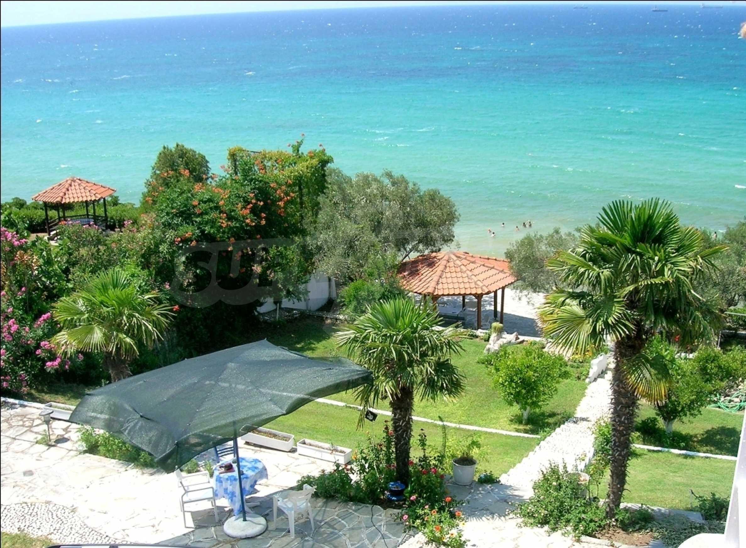 Голяма къща на плажа 5