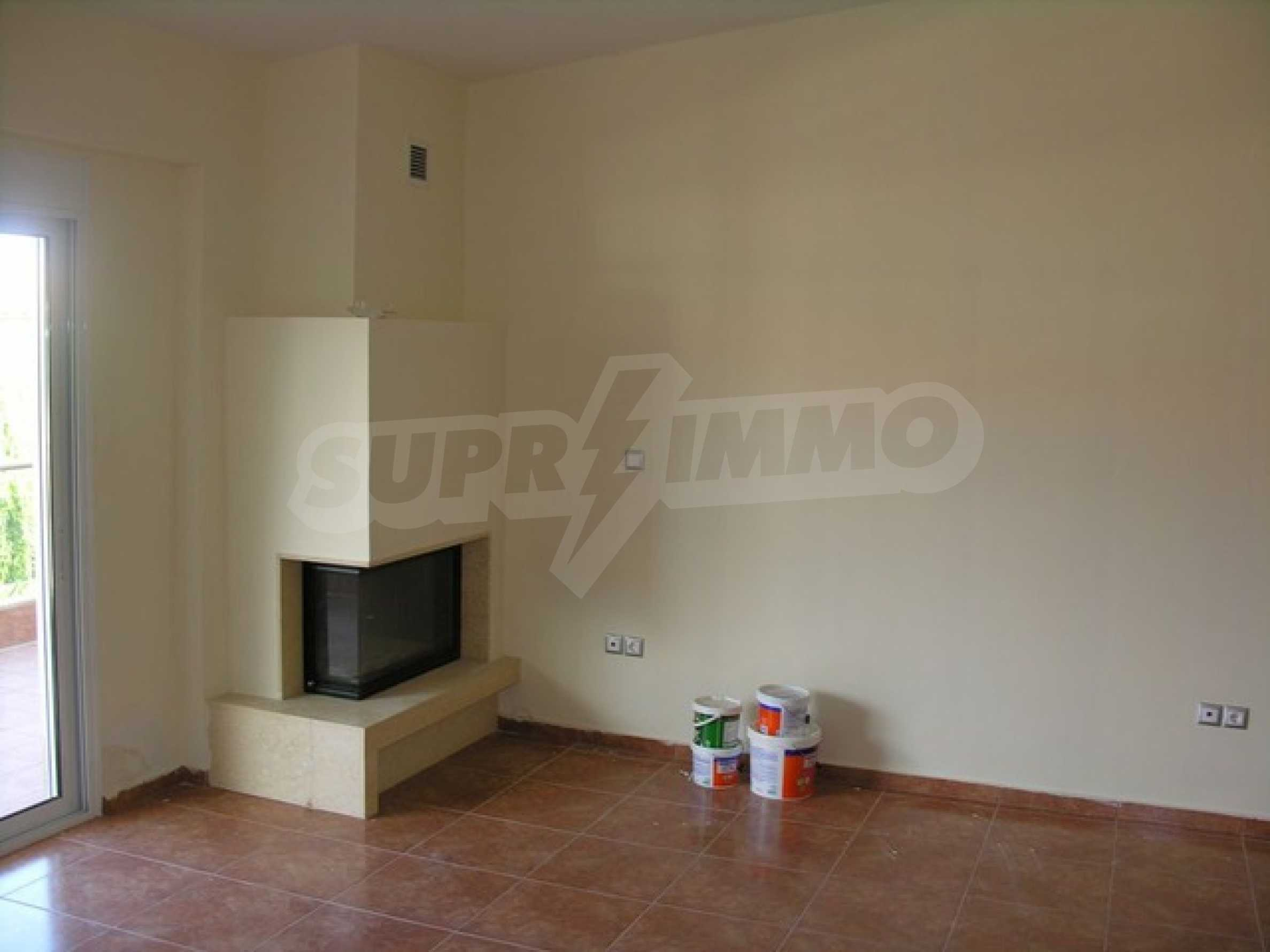 Апартамент  в  Полихроно 15