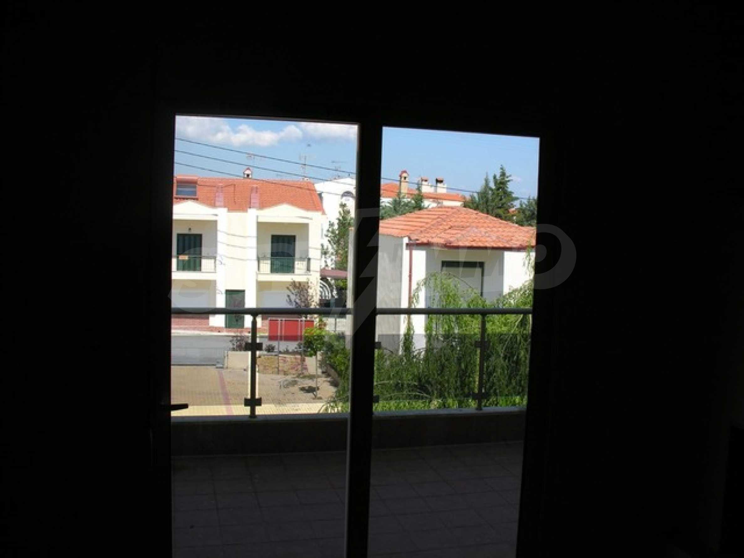 Апартамент  в  Полихроно 8