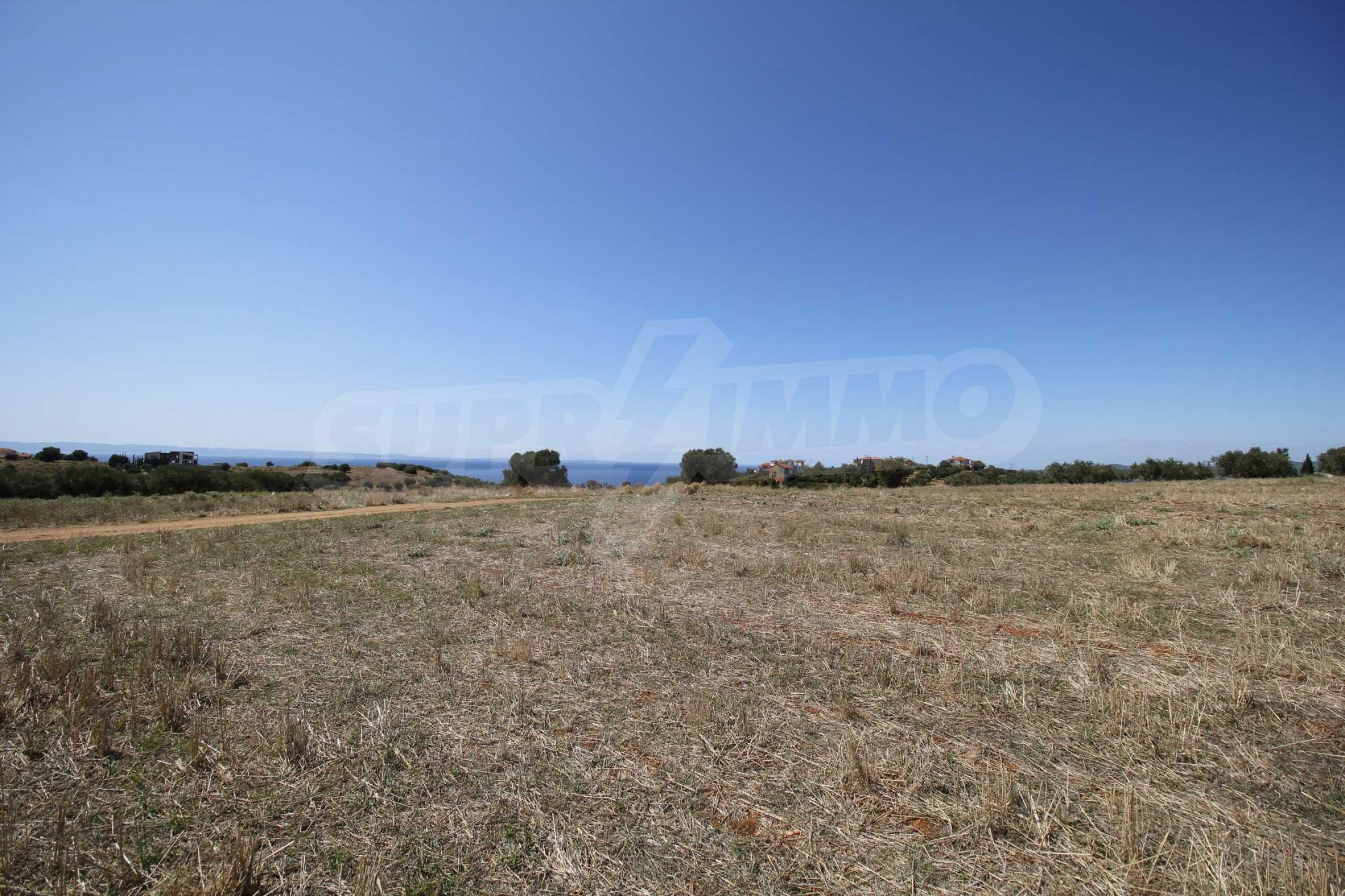 Земеделска земя  в  Никити 11