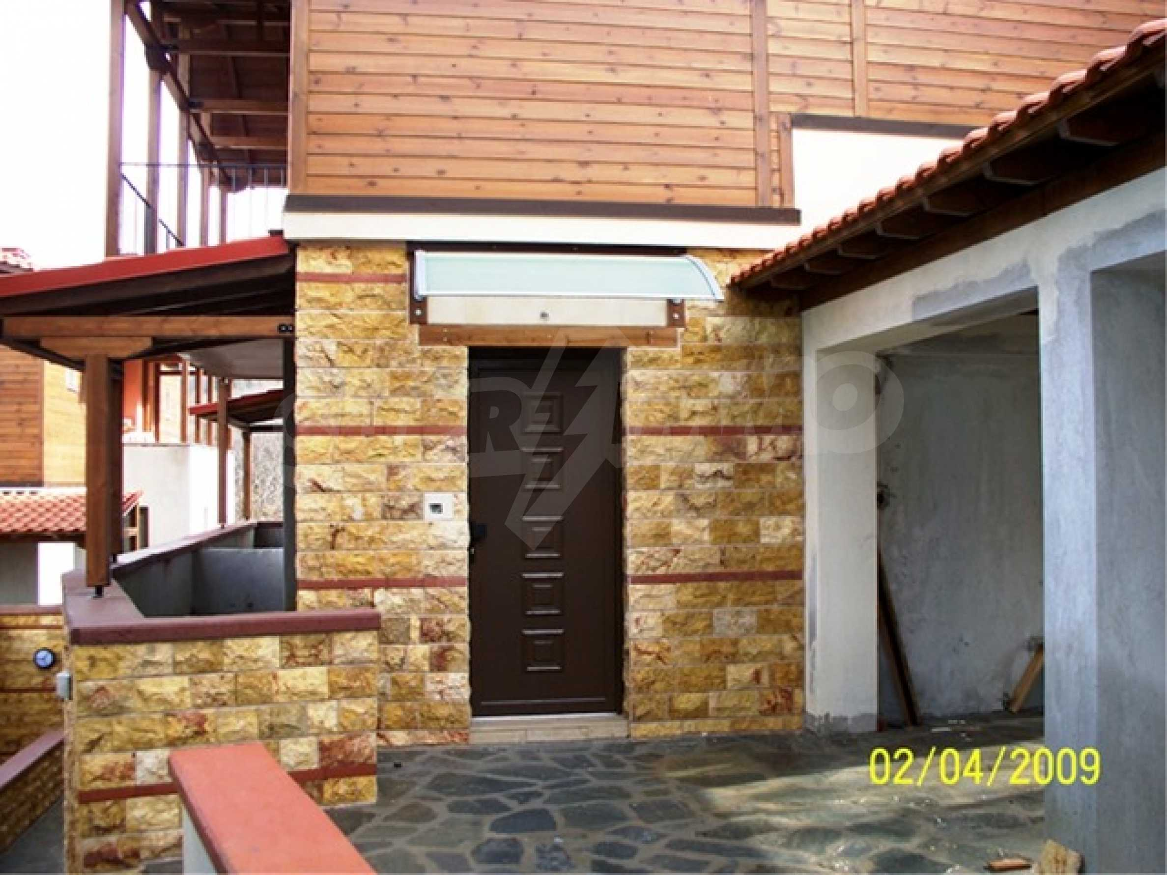 Къща  в  Неохори 5