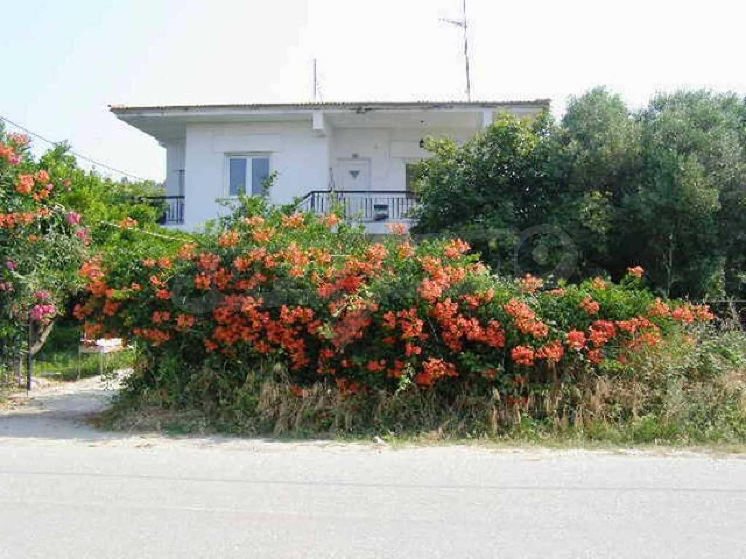 Къща  в  Неа Скиони 5