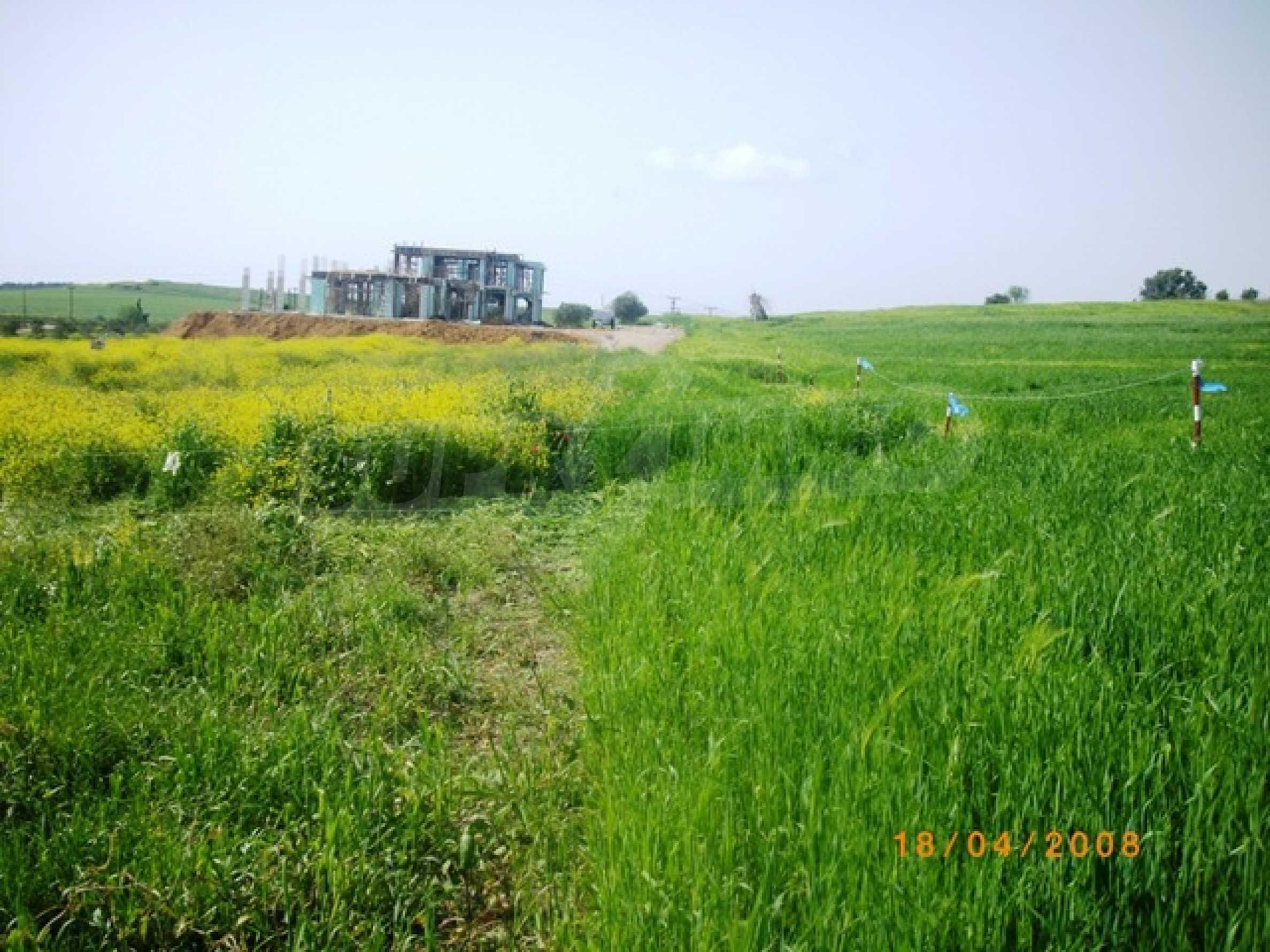Земеделска земя  в  Сани 4