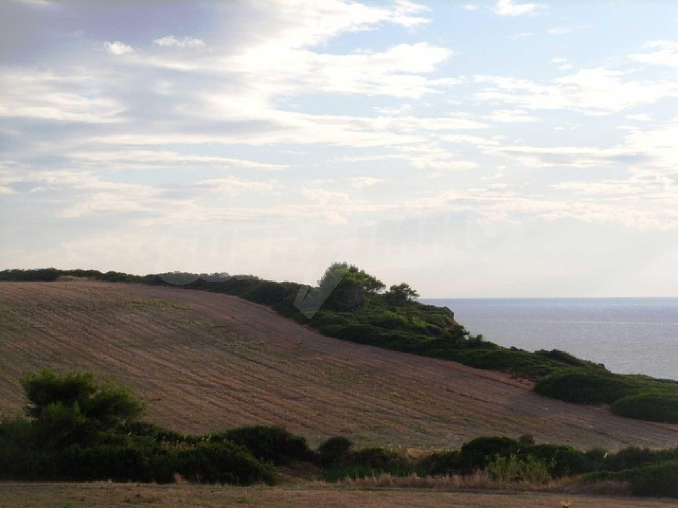 Земеделска земя  в  Потидея 9