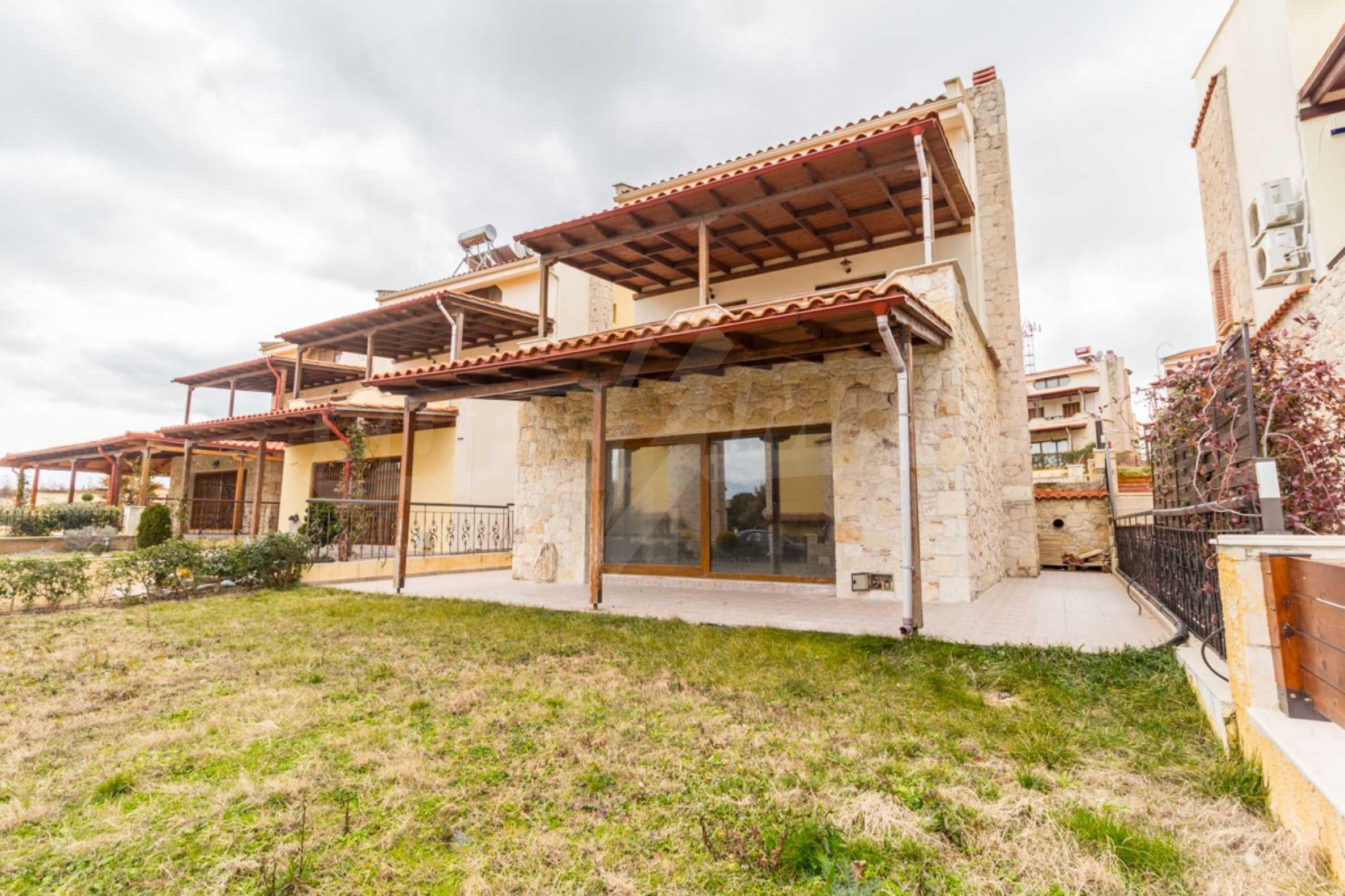 Редова къща само на сто метра от морето в Афитос, Касандра 23