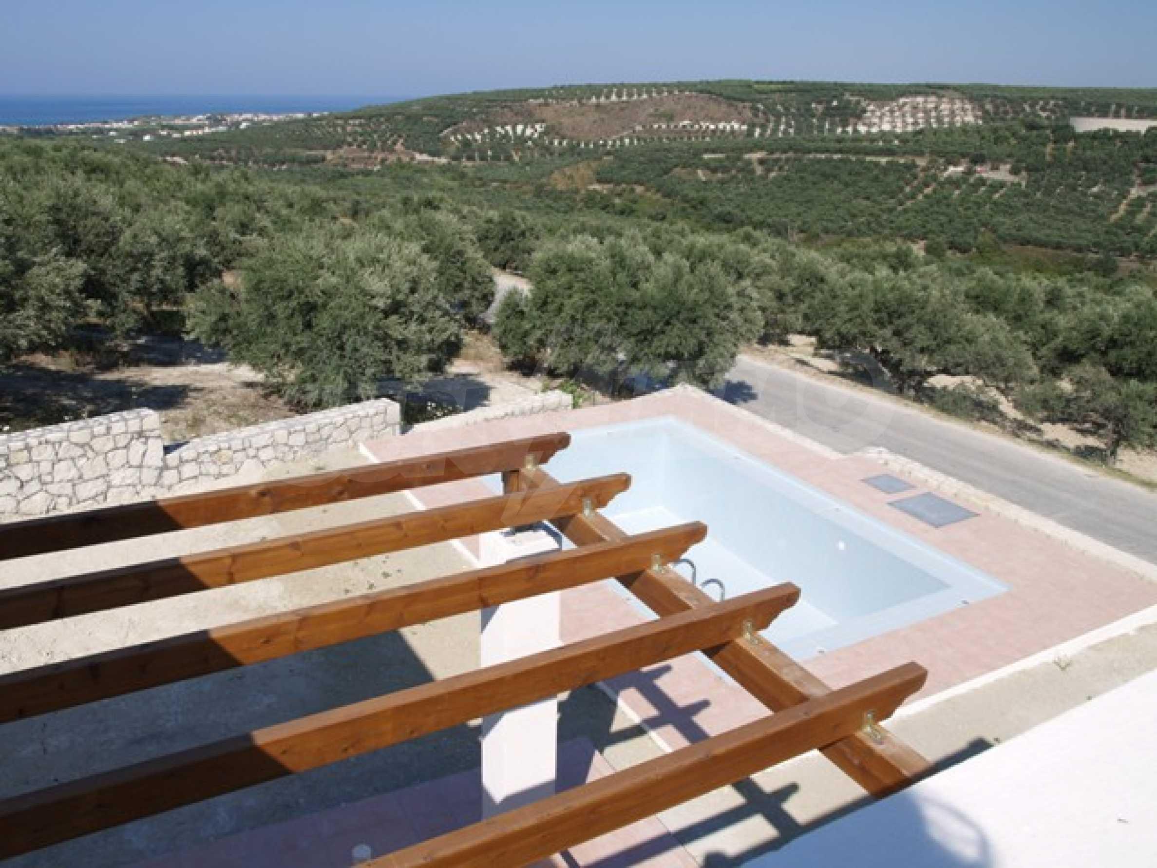 Къщи с великолепна гледка на о. Крит 10