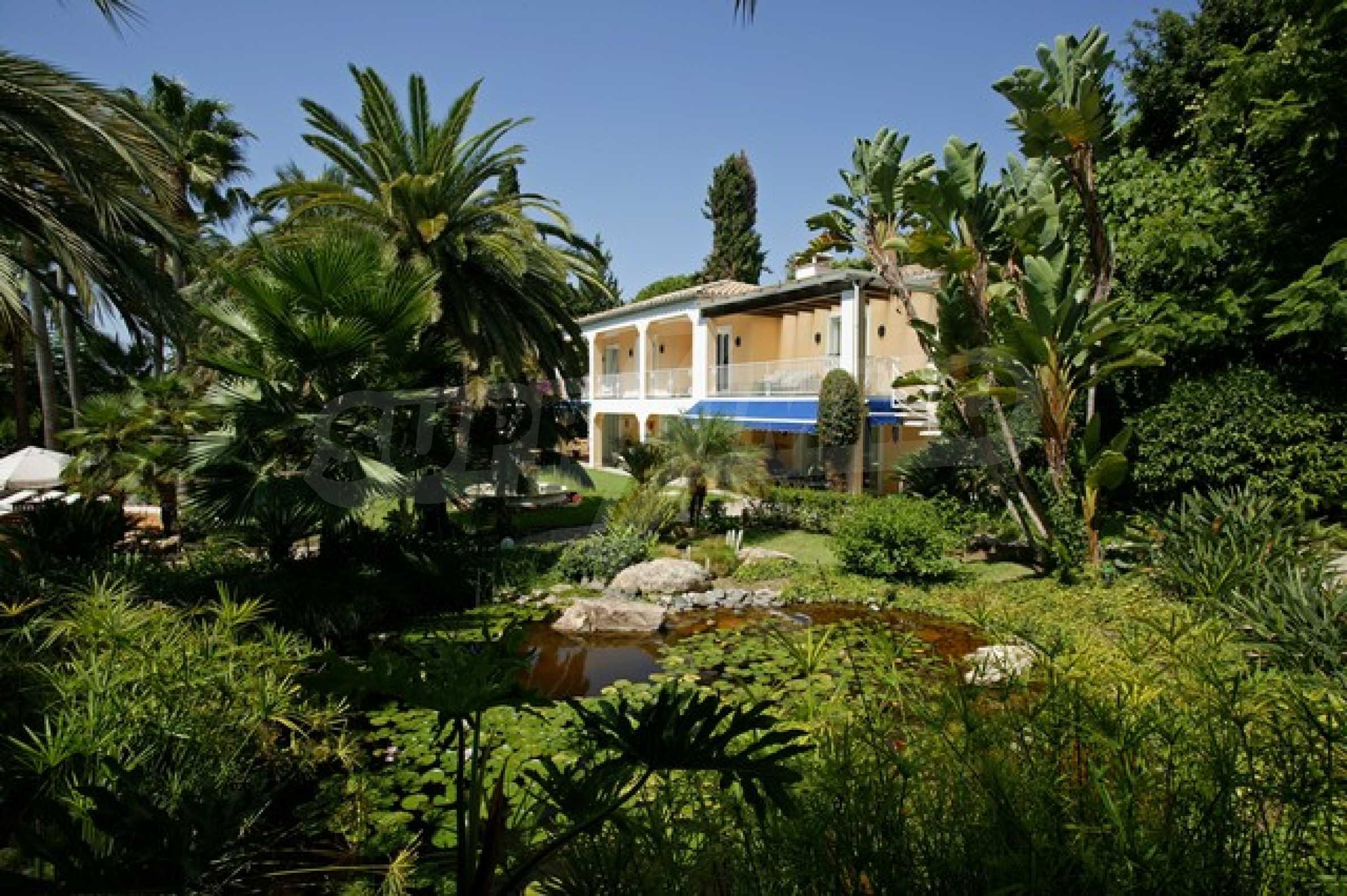 Уникална къща 2