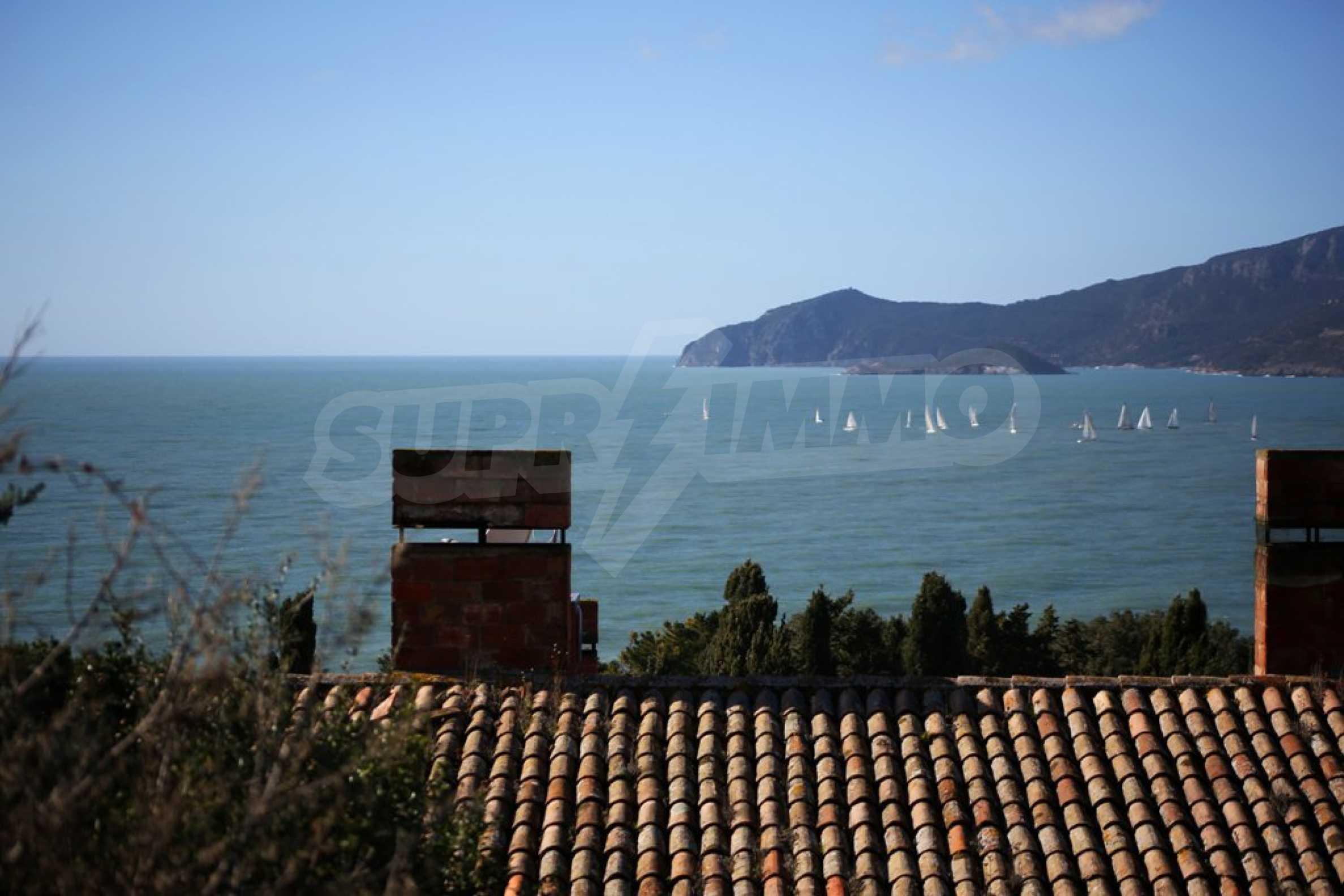 Морски апартамент с гледка към морето 1
