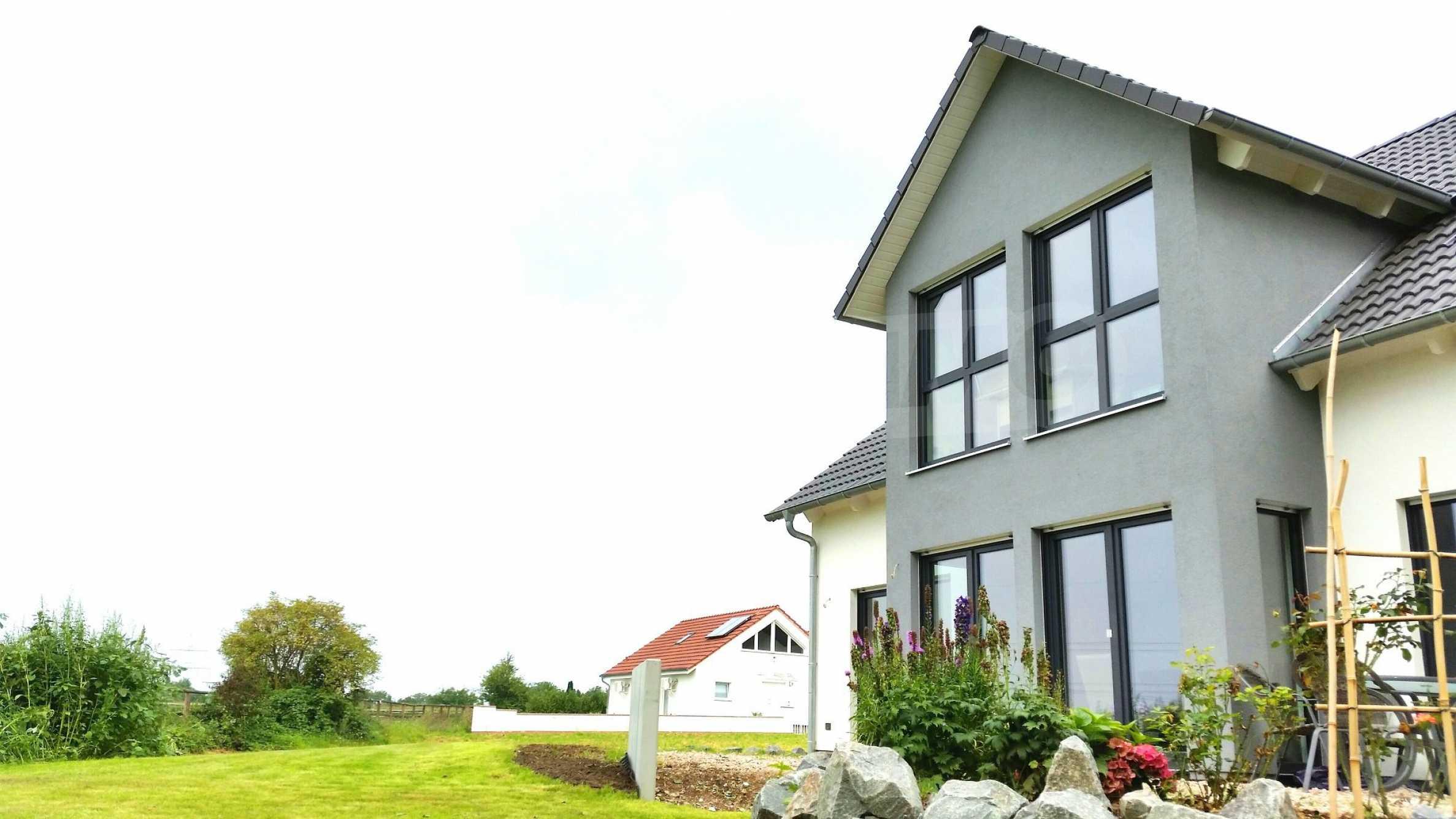 Уникална къща в Алценау 1