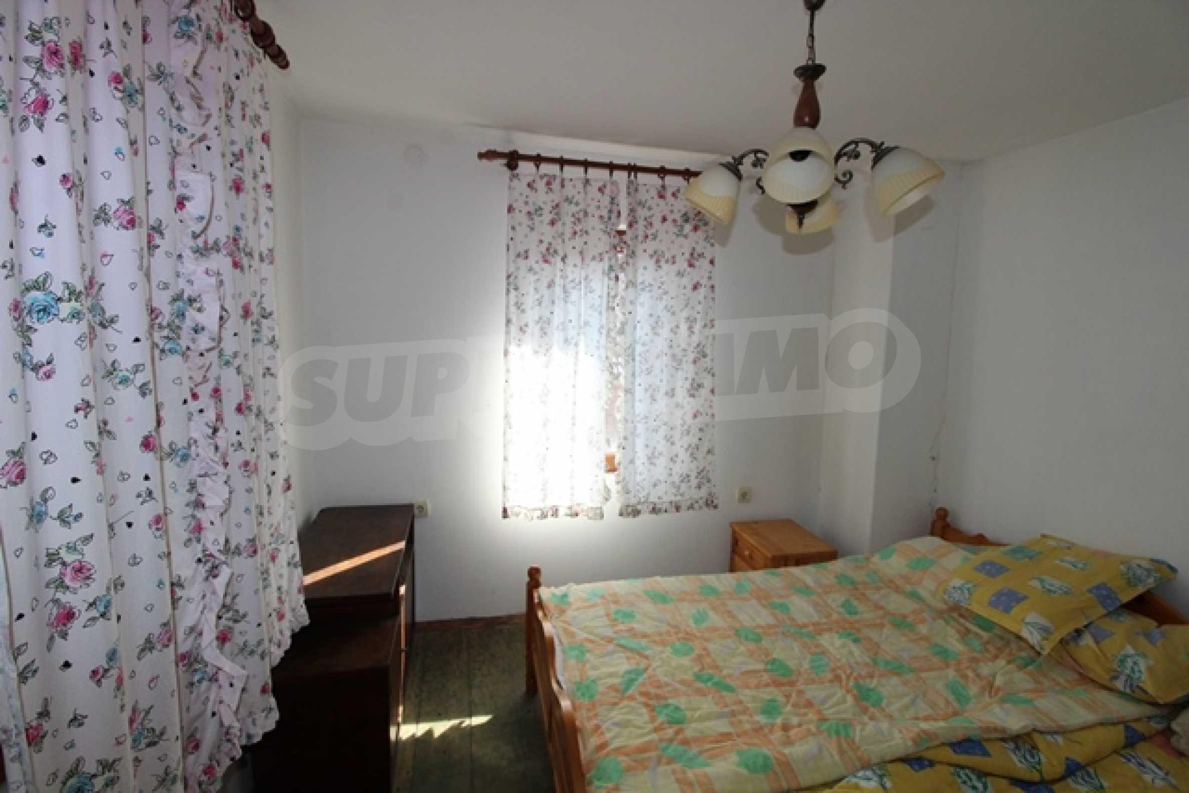 Реновирана двуетажна къща само на 2 км от Трявна 20