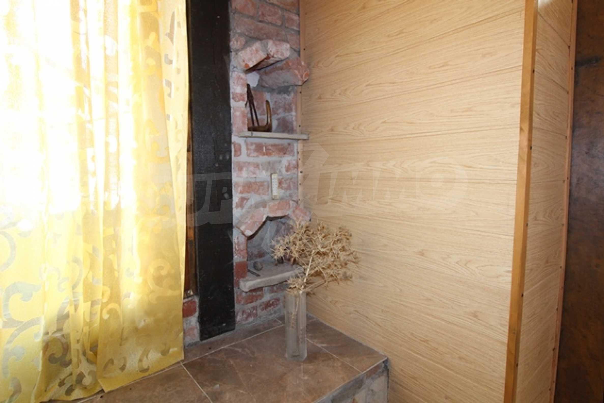 Реновирана двуетажна къща само на 2 км от Трявна 24