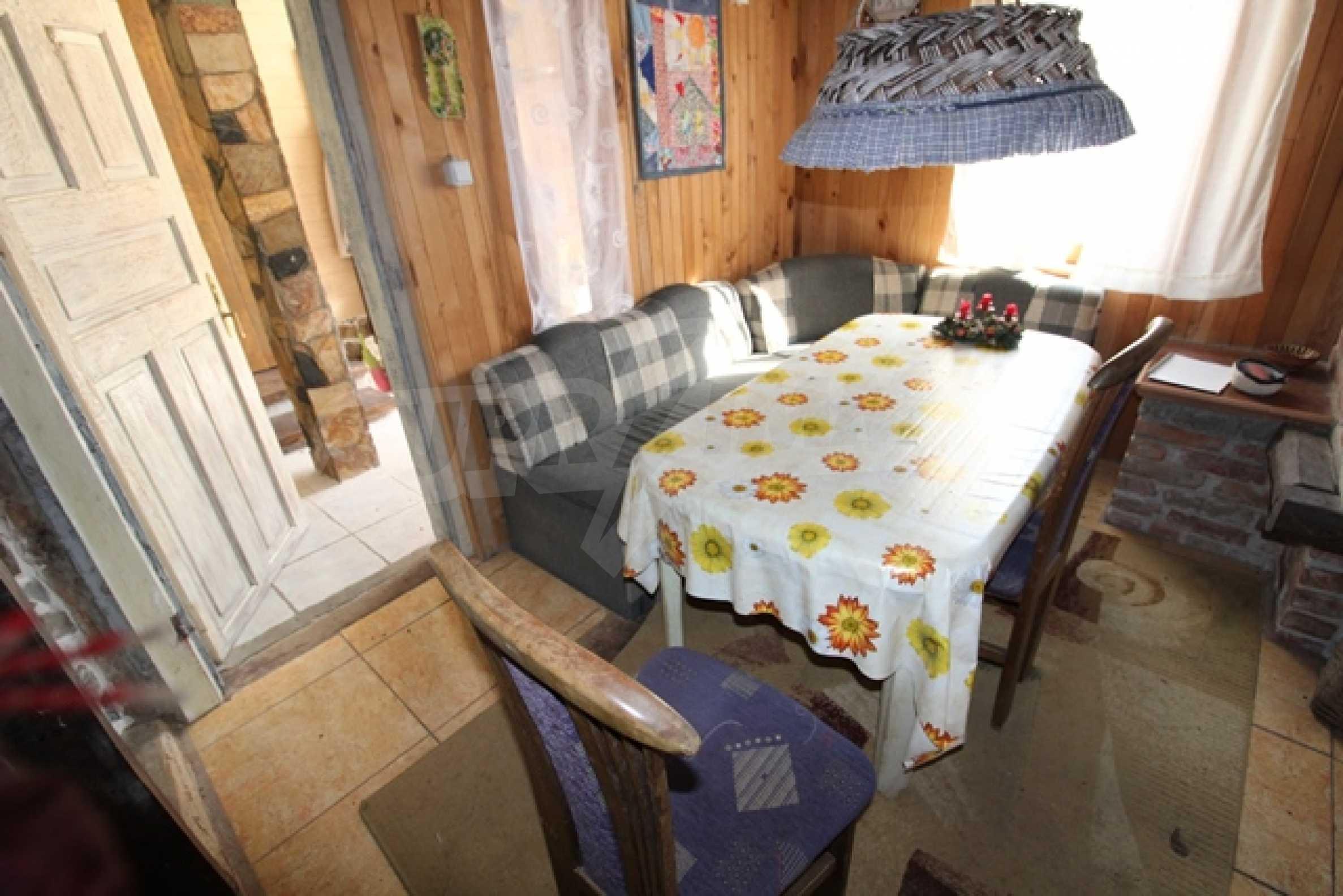 Реновирана двуетажна къща само на 2 км от Трявна 27